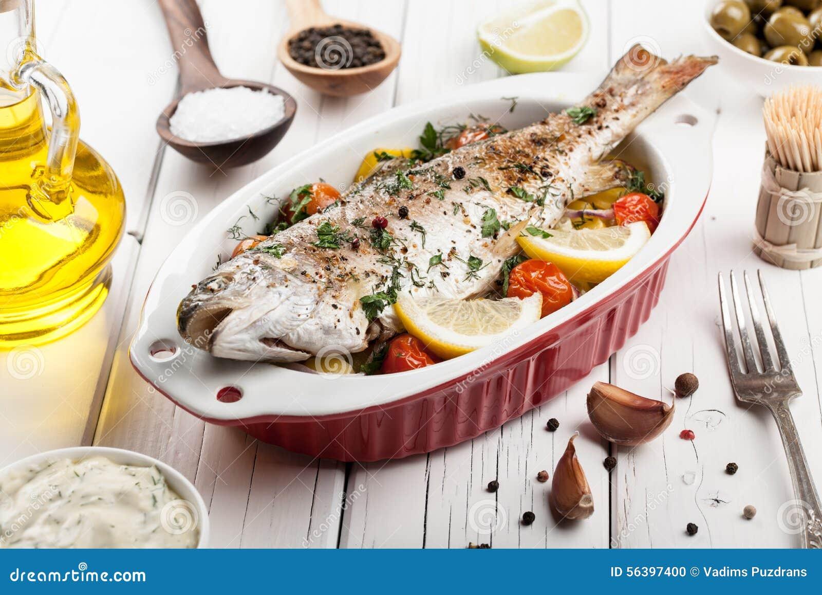 Gebakken vissenforel met groenten