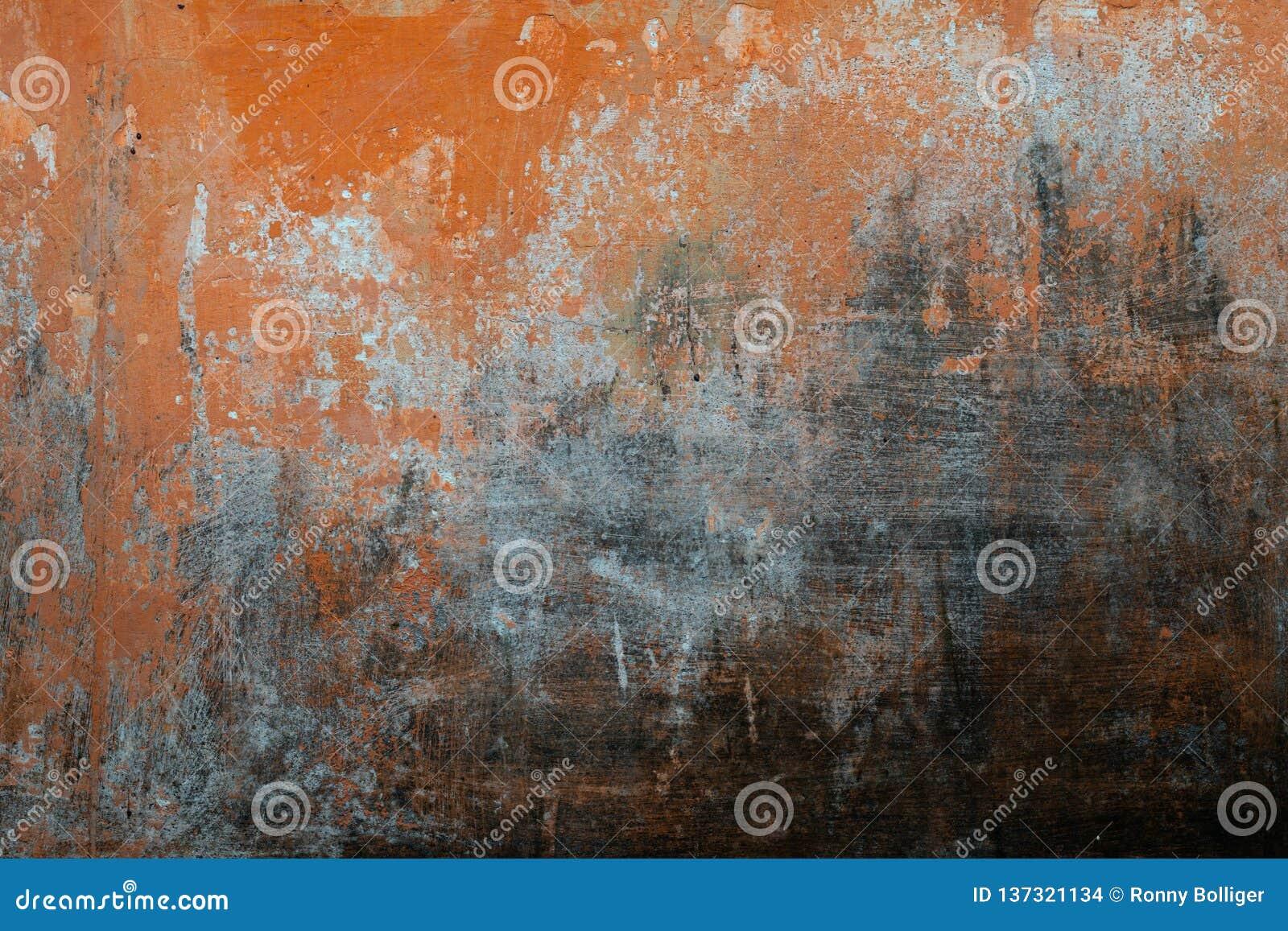 Gebarsten concrete uitstekende muurachtergrond, oude muur