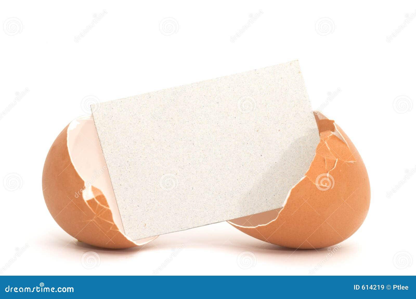 Gebarsten Ei met Lege Kaart #1