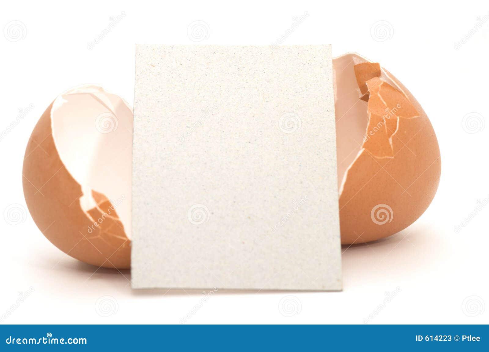 Gebarsten Ei met Lege Kaart #4