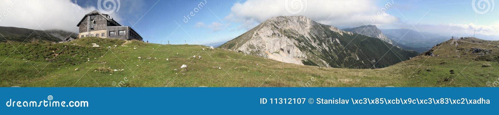 Gebirgshütte Karl-Ludwig in den Rax Alpen