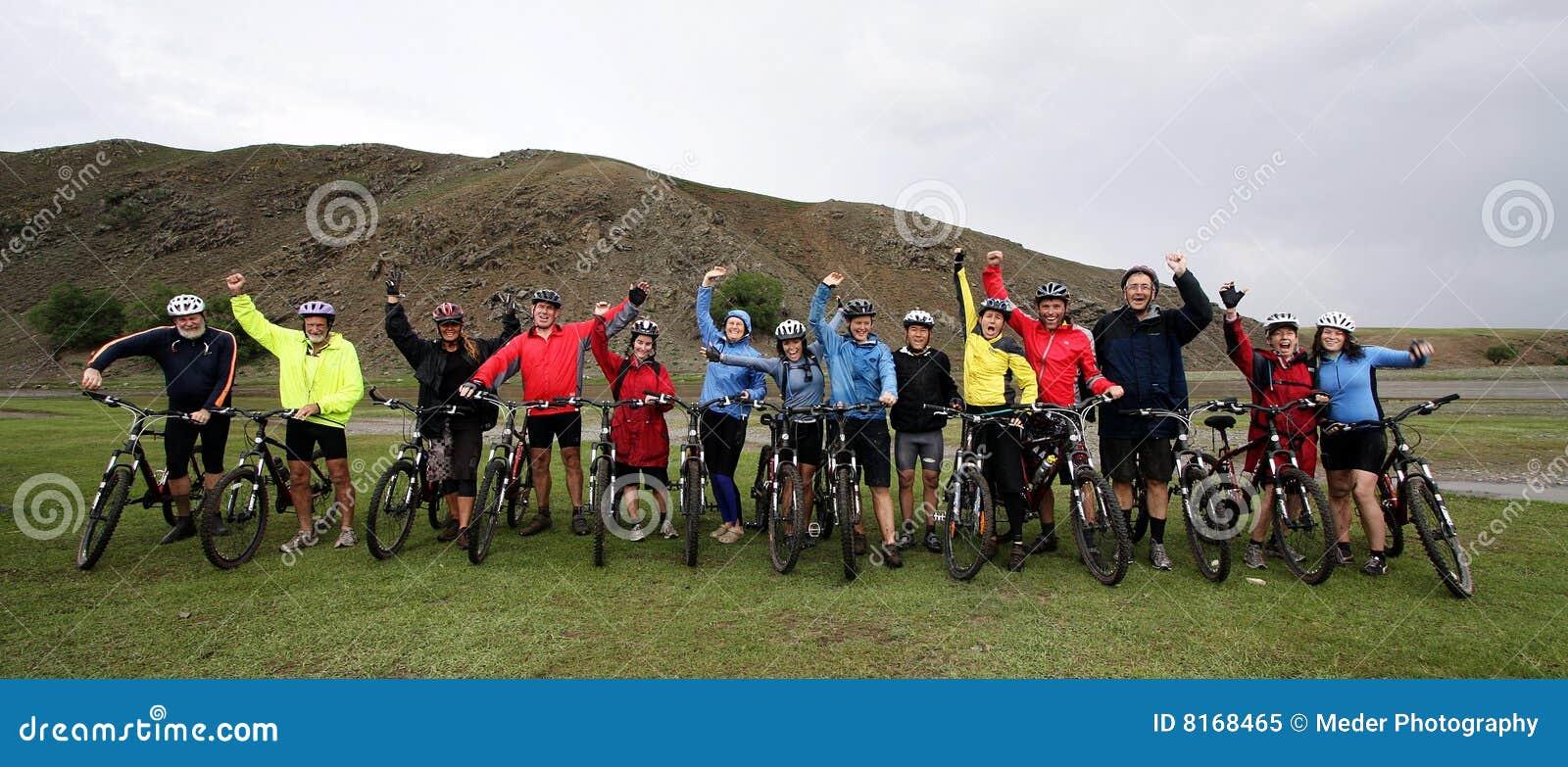 Gebirgsradfahrendes Abenteuer