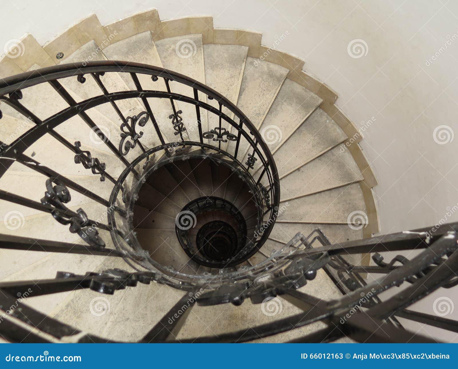 Gebogene Treppenhauser Stockbild Bild Von Kirche Fuhren 66012163
