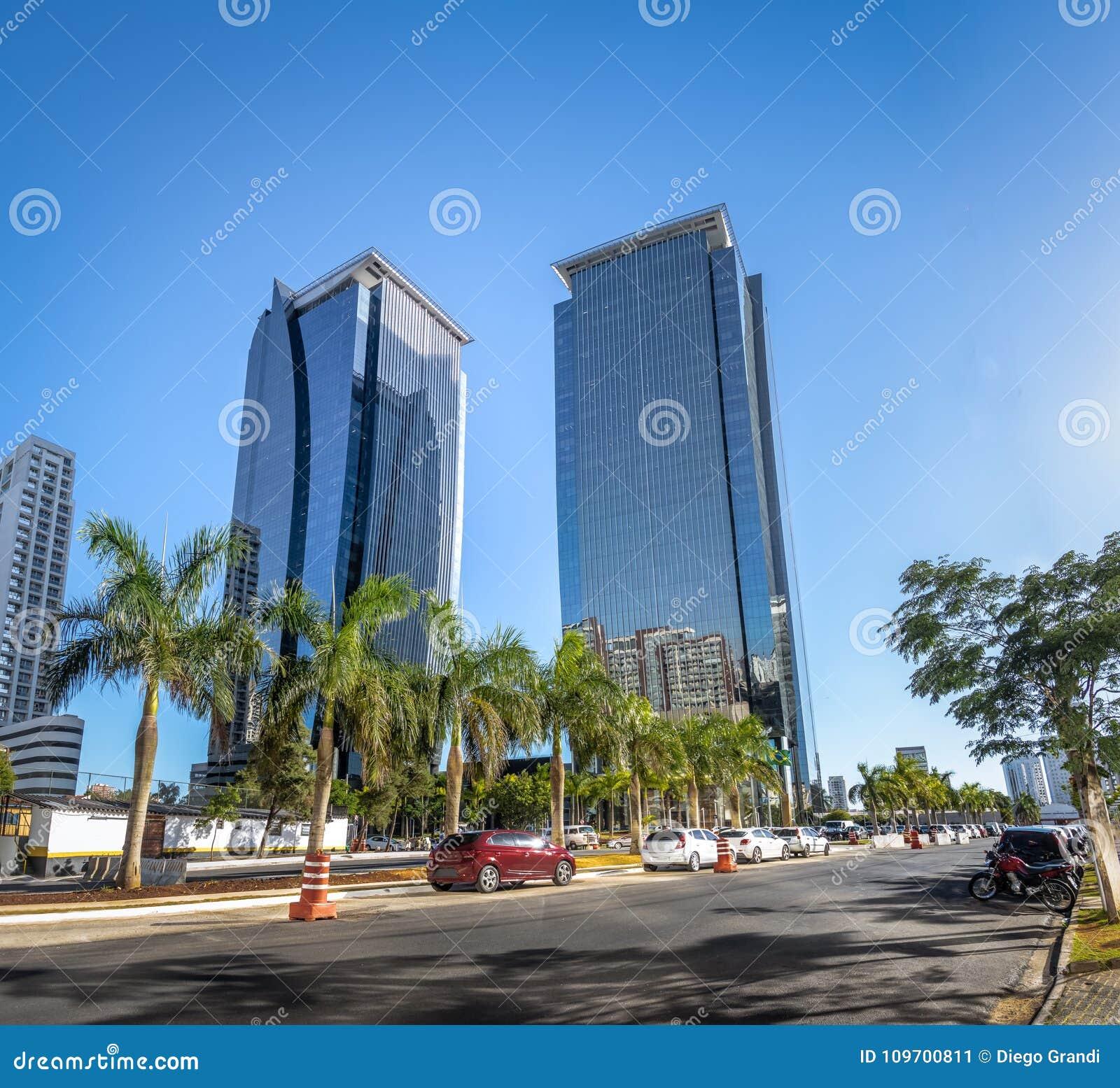 Gebouwen bij Morumbi-buurt in het financiële district van Sao Paulo - Sao Paulo, Brazilië