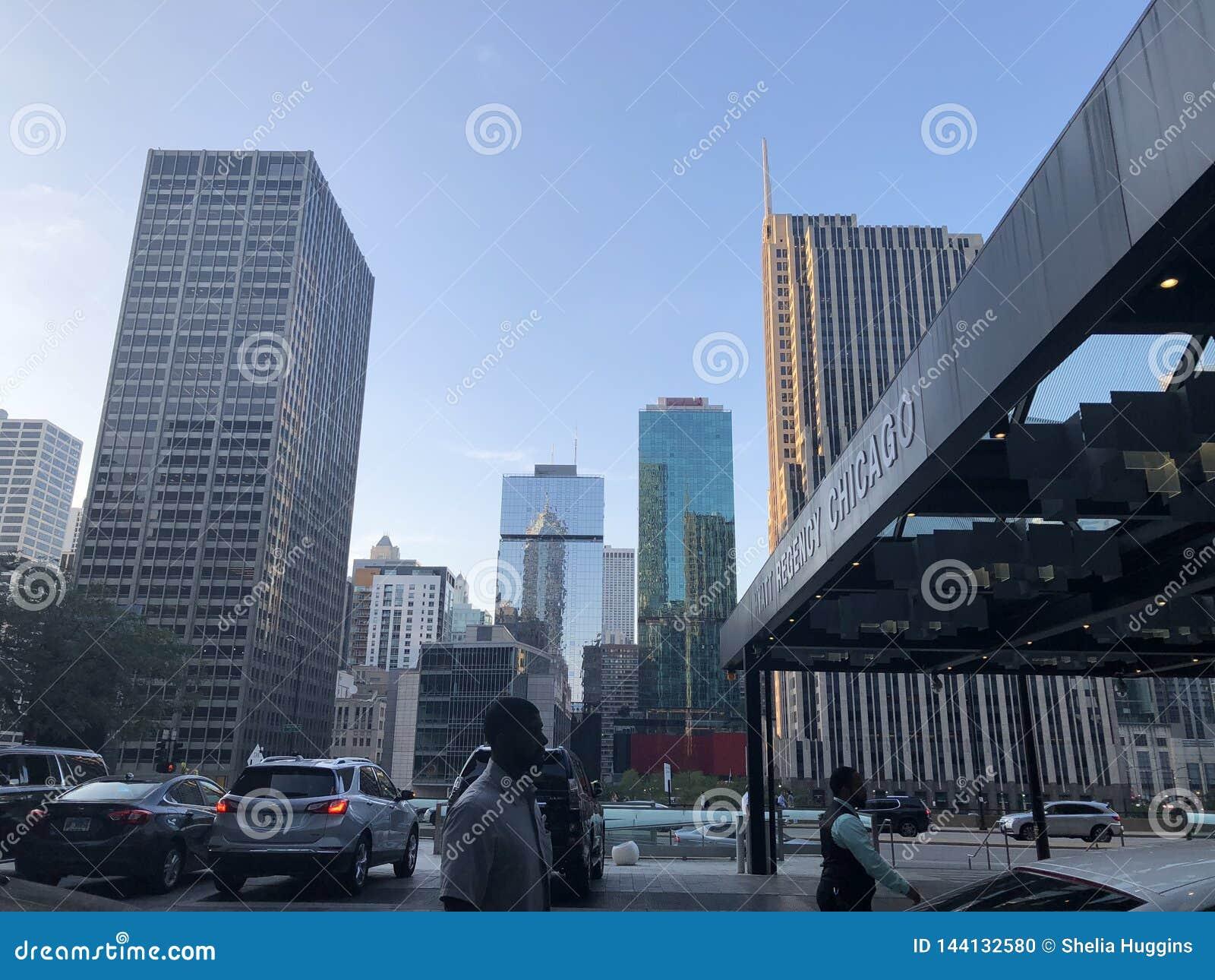 Gebouwen en Horizon de de Van de binnenstad van ochtendchicago