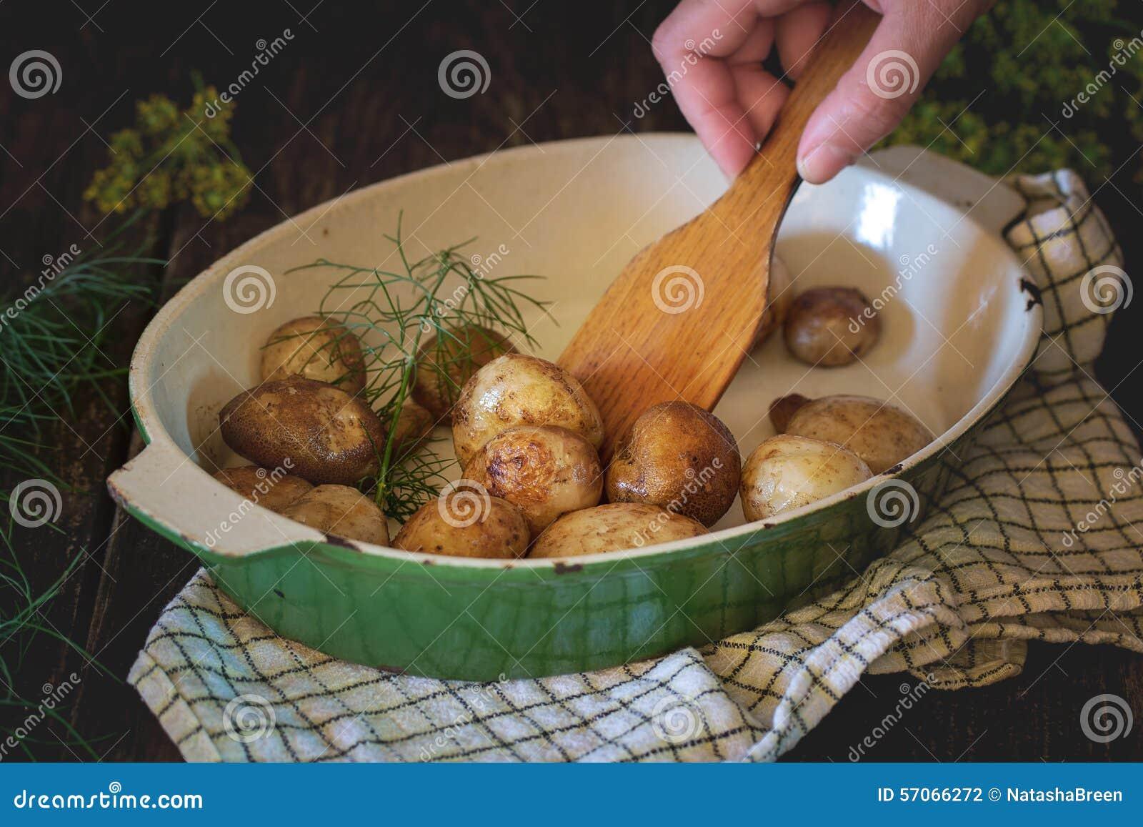 Gebraden jonge aardappels