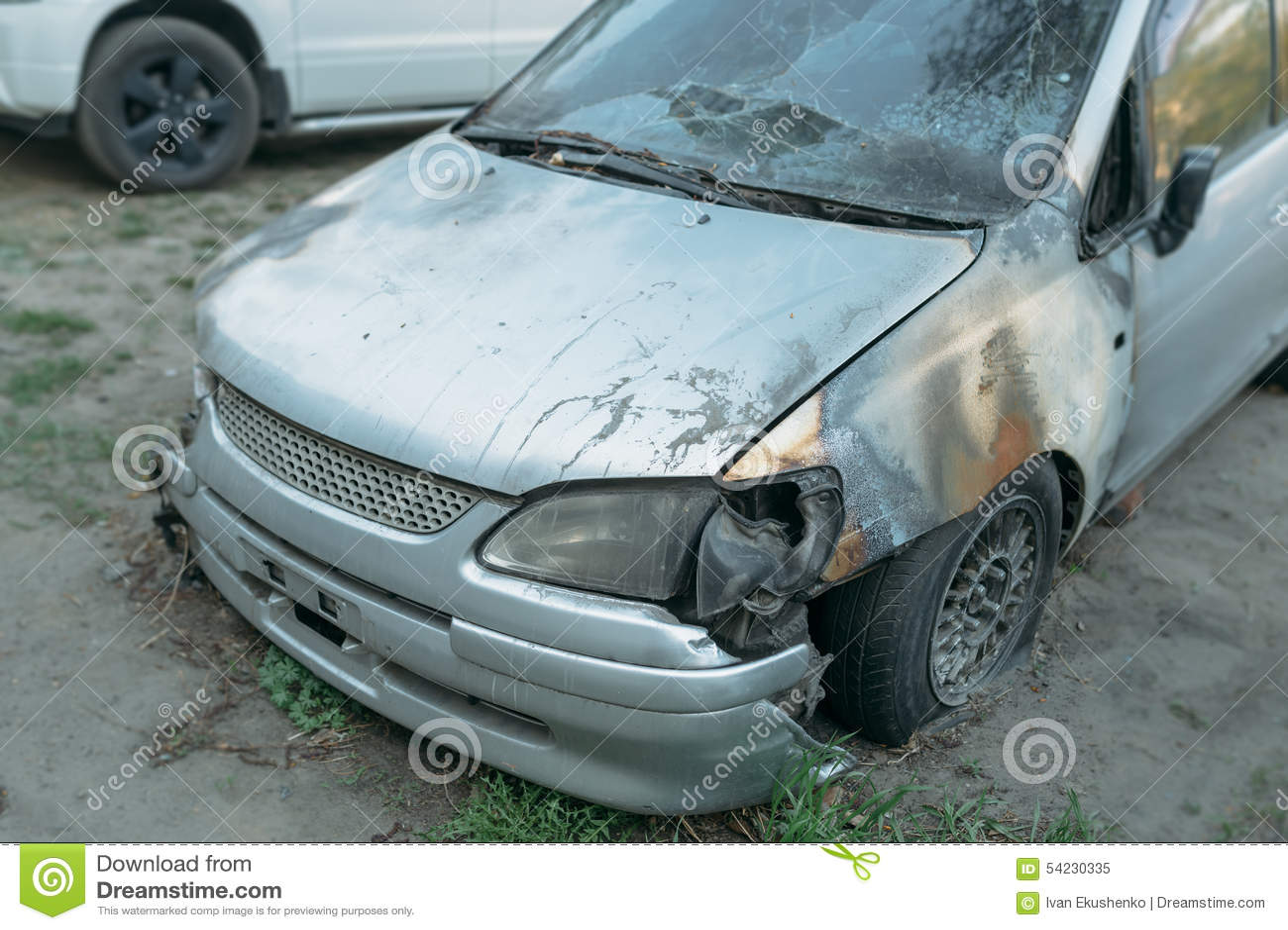 Gebrannte Autos stockbild. Bild von tür, zündung, fluß - 54230335