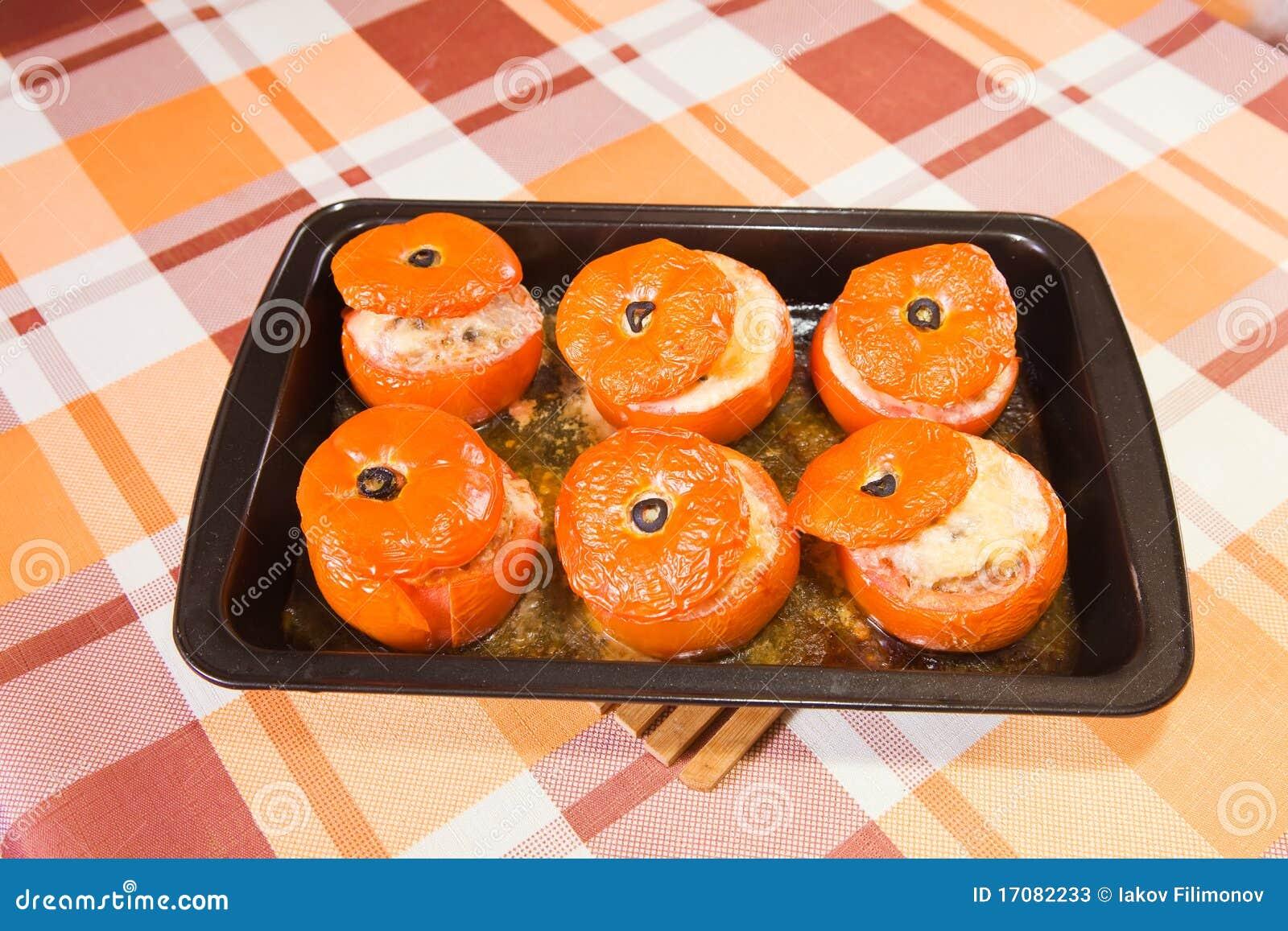 Gebratene angefüllte Tomate