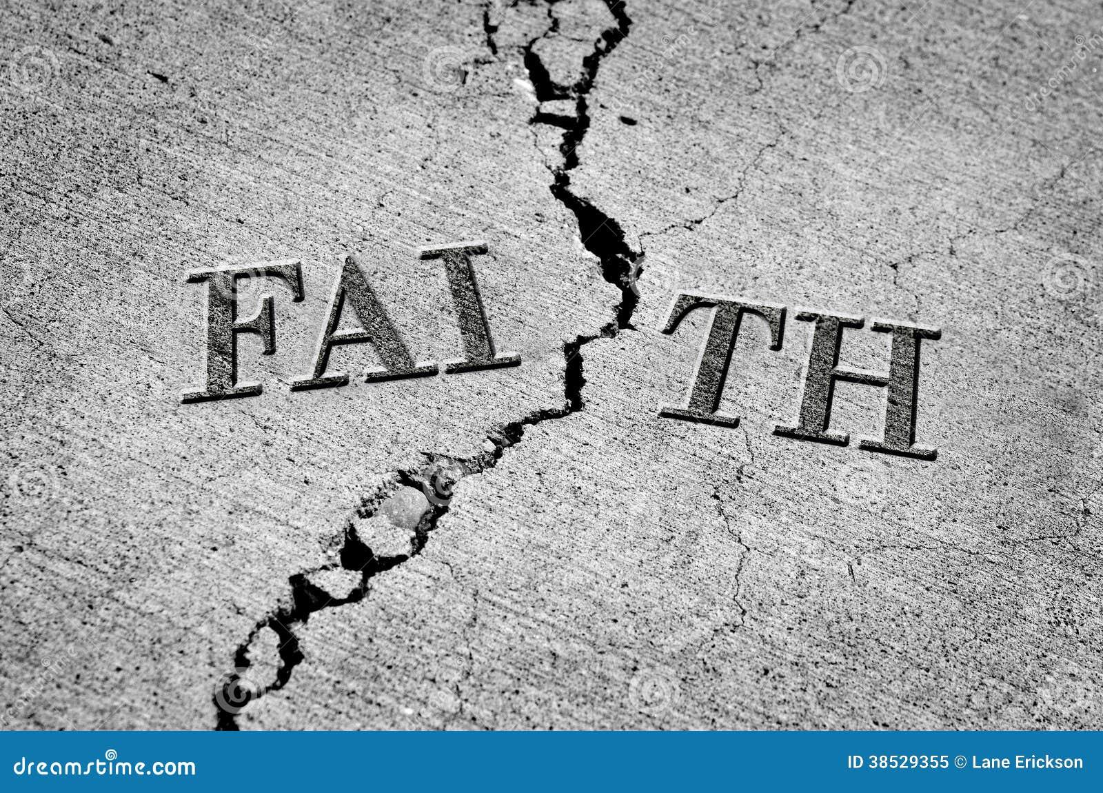 Gebroken Geloof met Gebarsten Cement