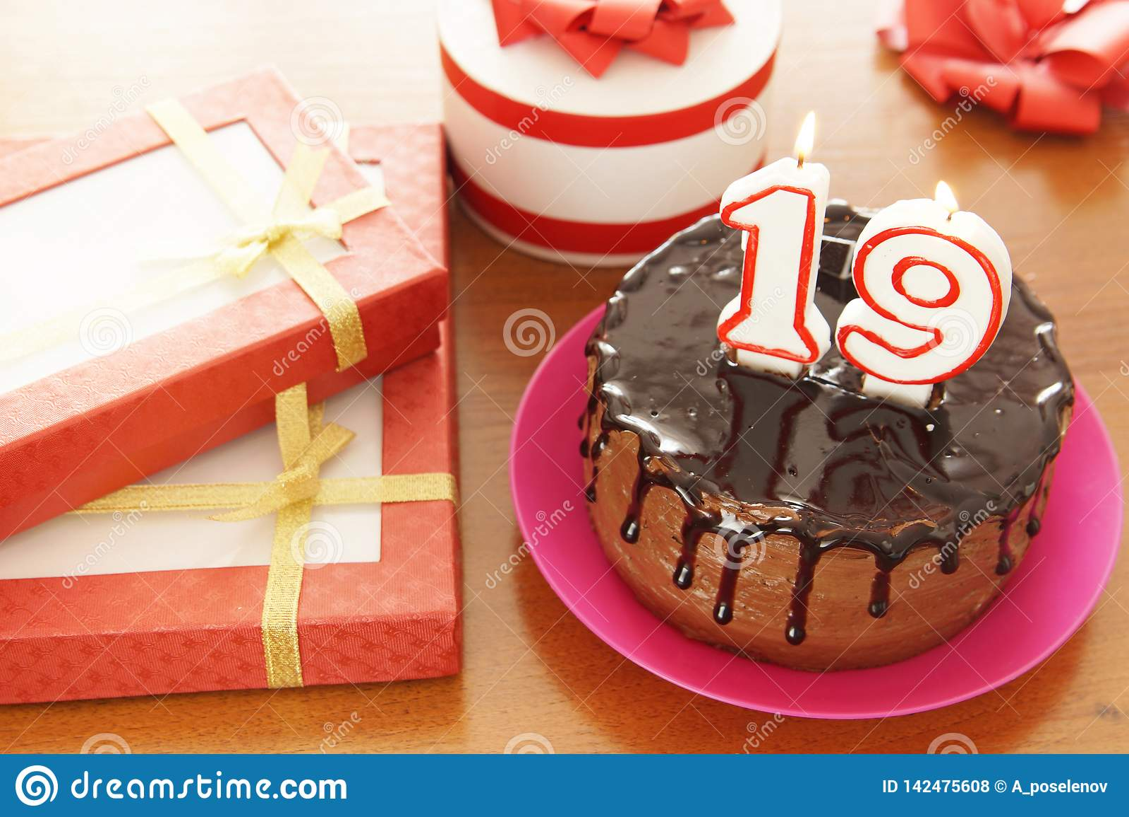 Geburtstagsfeier bei neunzehn Jahren