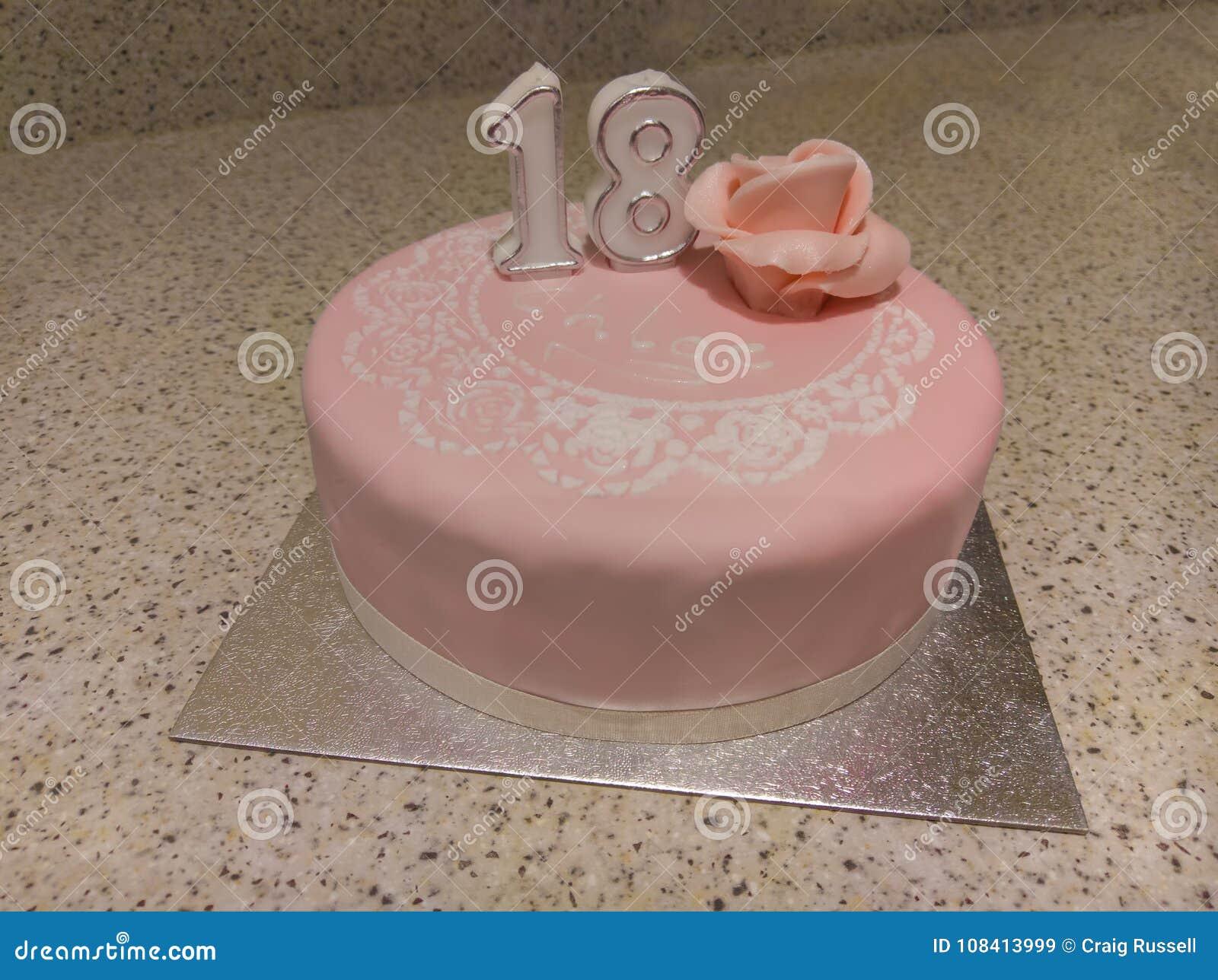 18 Geburtstagskuchen Stockbild Bild Von Celebrate 108413999