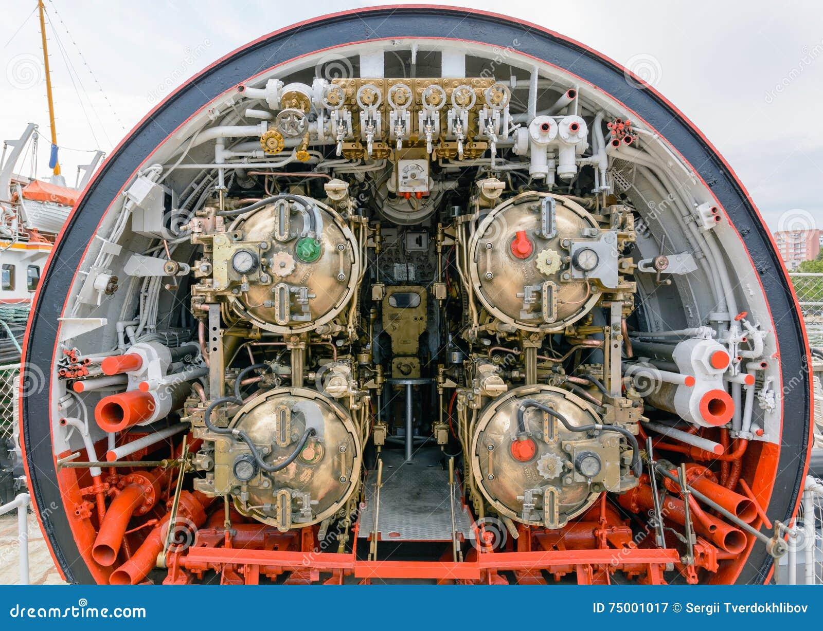 Gedetailleerde mening van torpedoruimte in onderzeeër