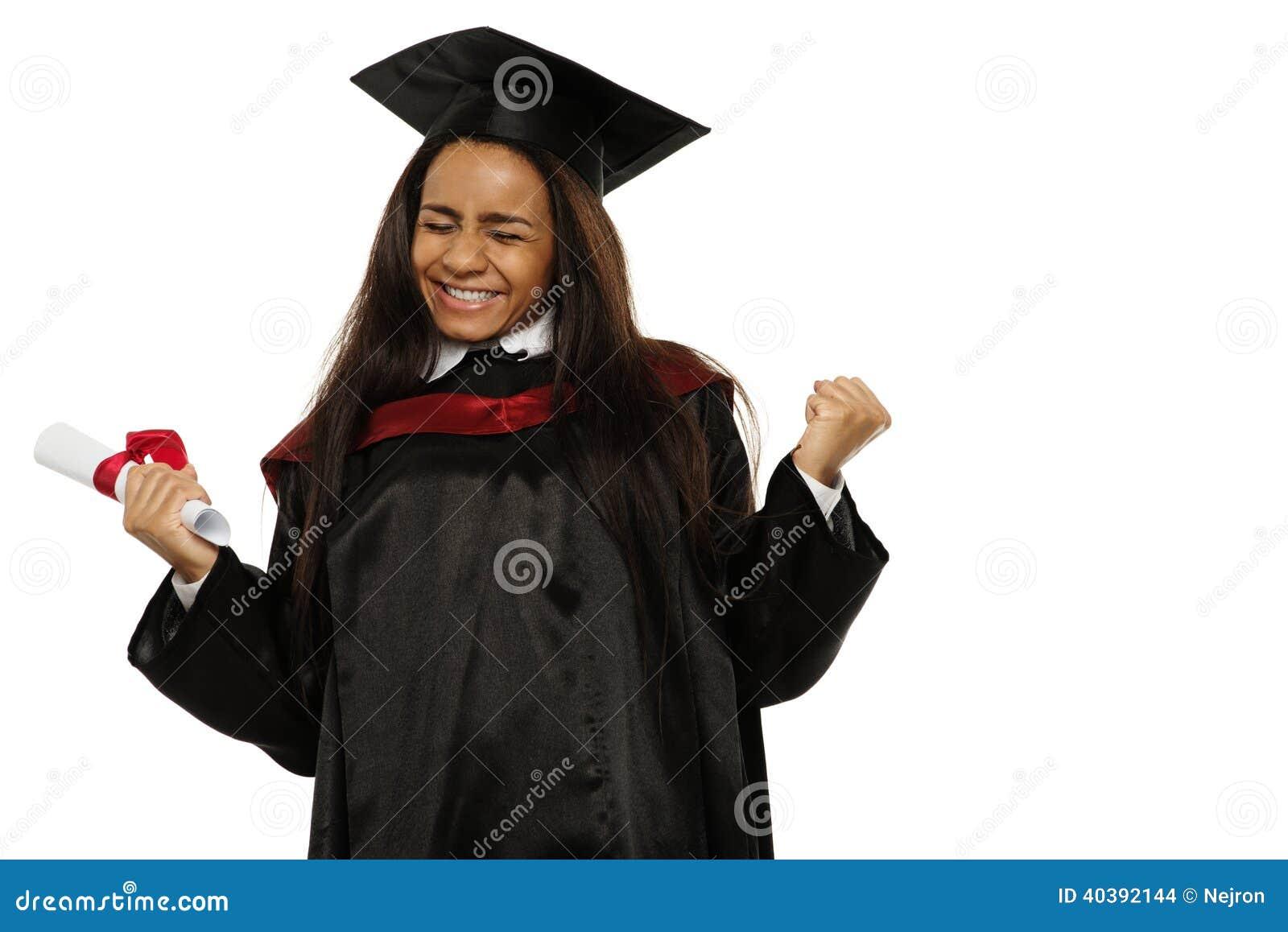 Gediplomeerd Afrikaans-Amerikaans studentenmeisje