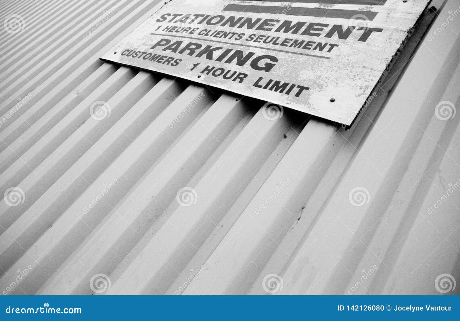 Geen parkeren tweetalig teken in zwart-wit