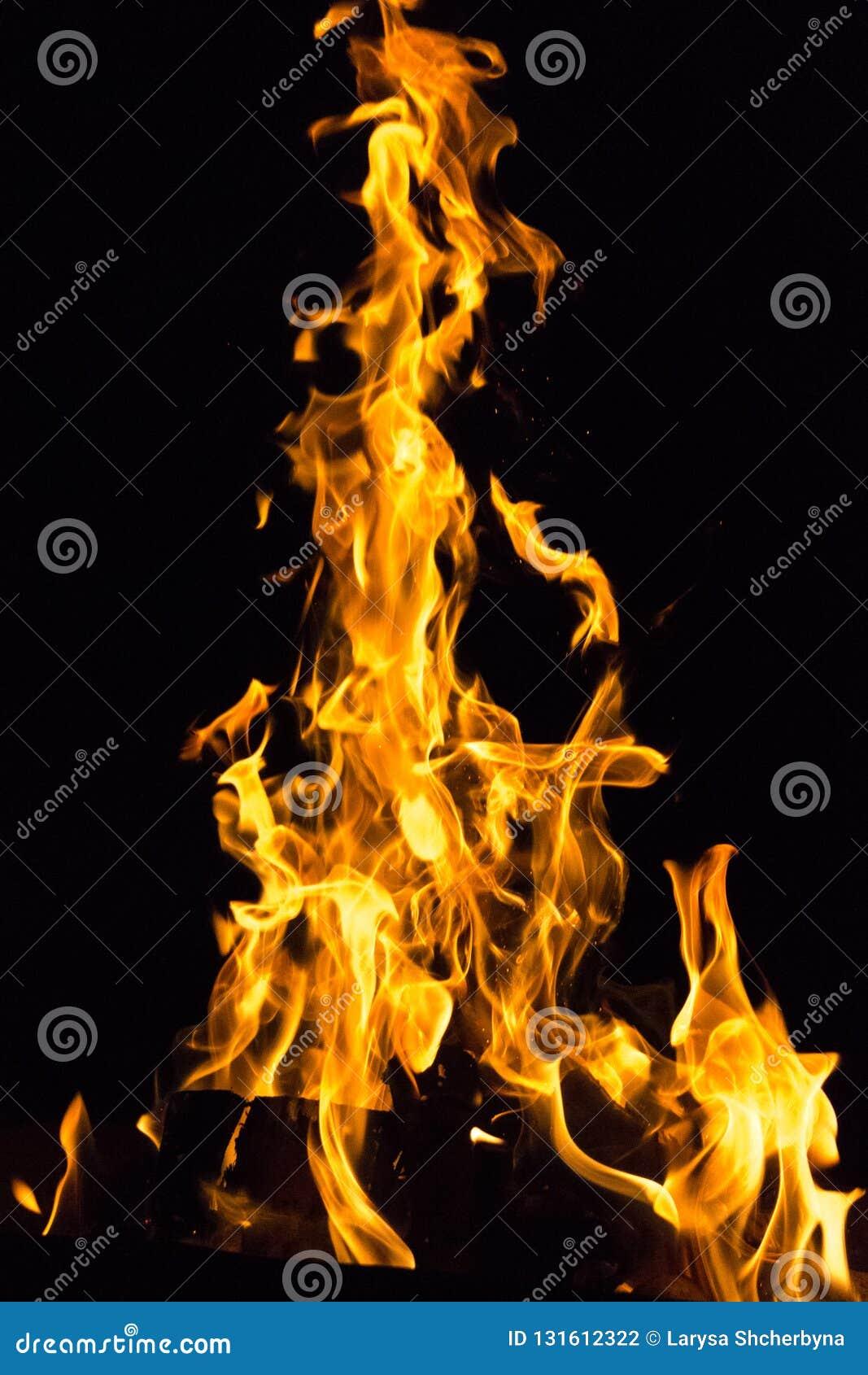 Gefährliche Spiele mit Feuer