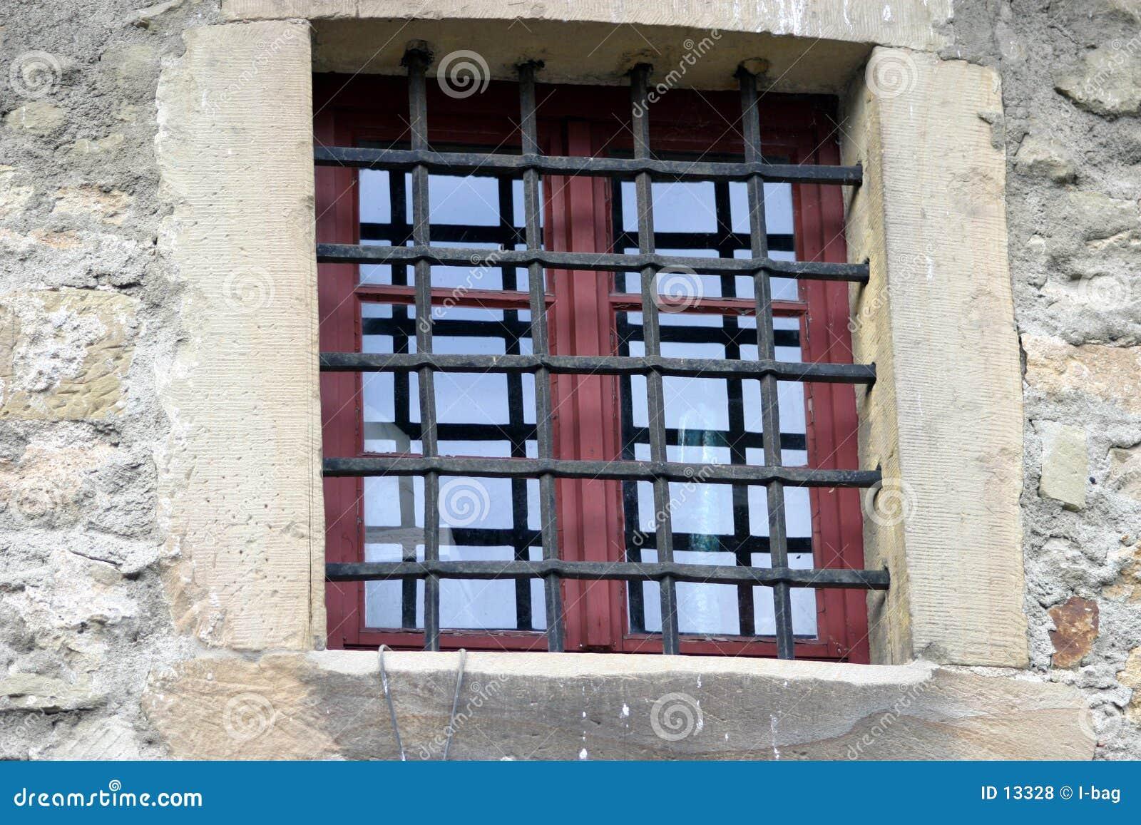Gefängnisfenster