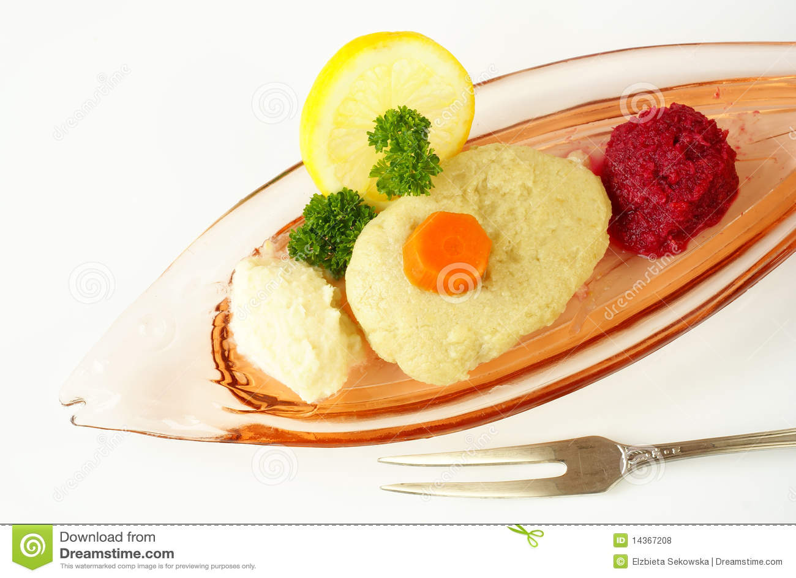 Gefilte fish royalty free stock photos image 14367208 for Jewish fish dish