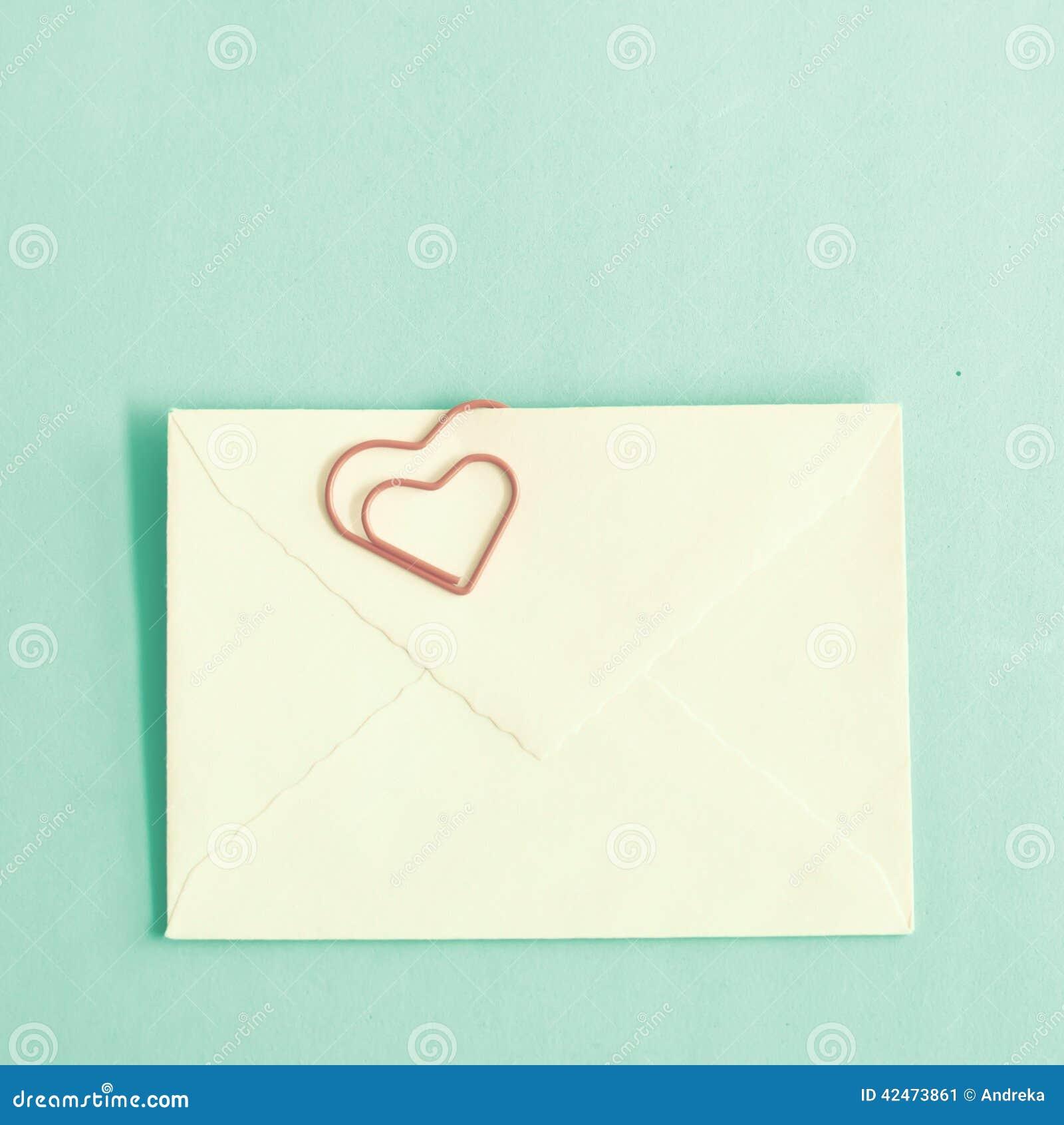 Geformte Klipp und Umschlag des Herzens