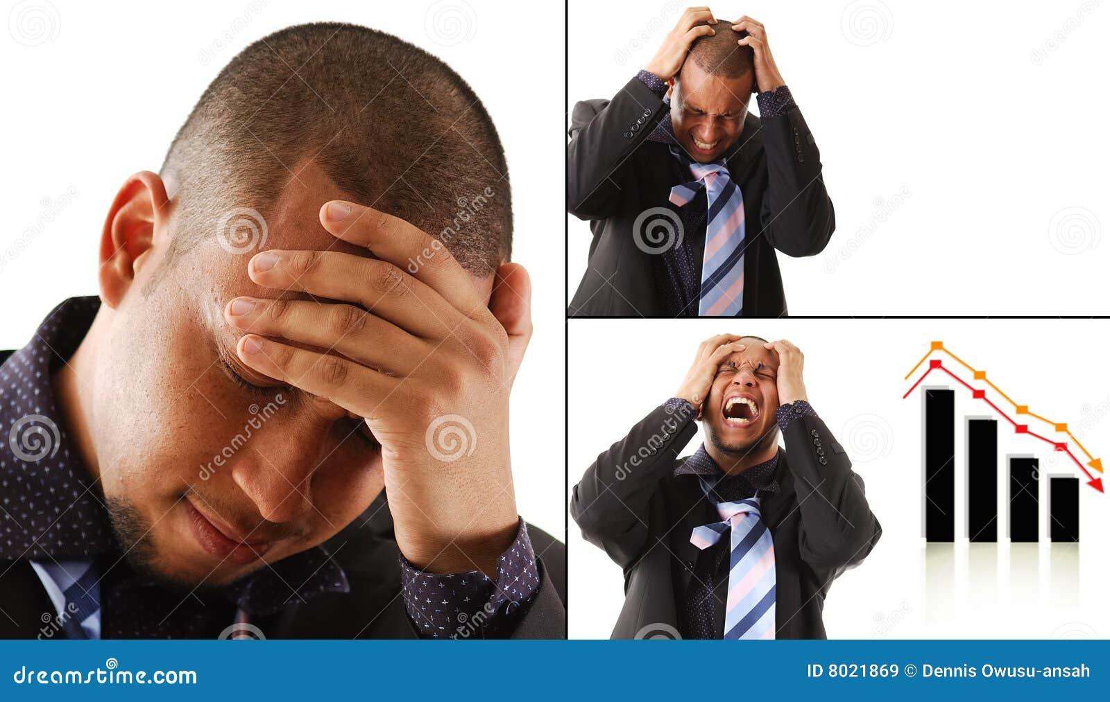 Gefrustreerde Bedrijfsmens met zijn handen op zijn hoofd