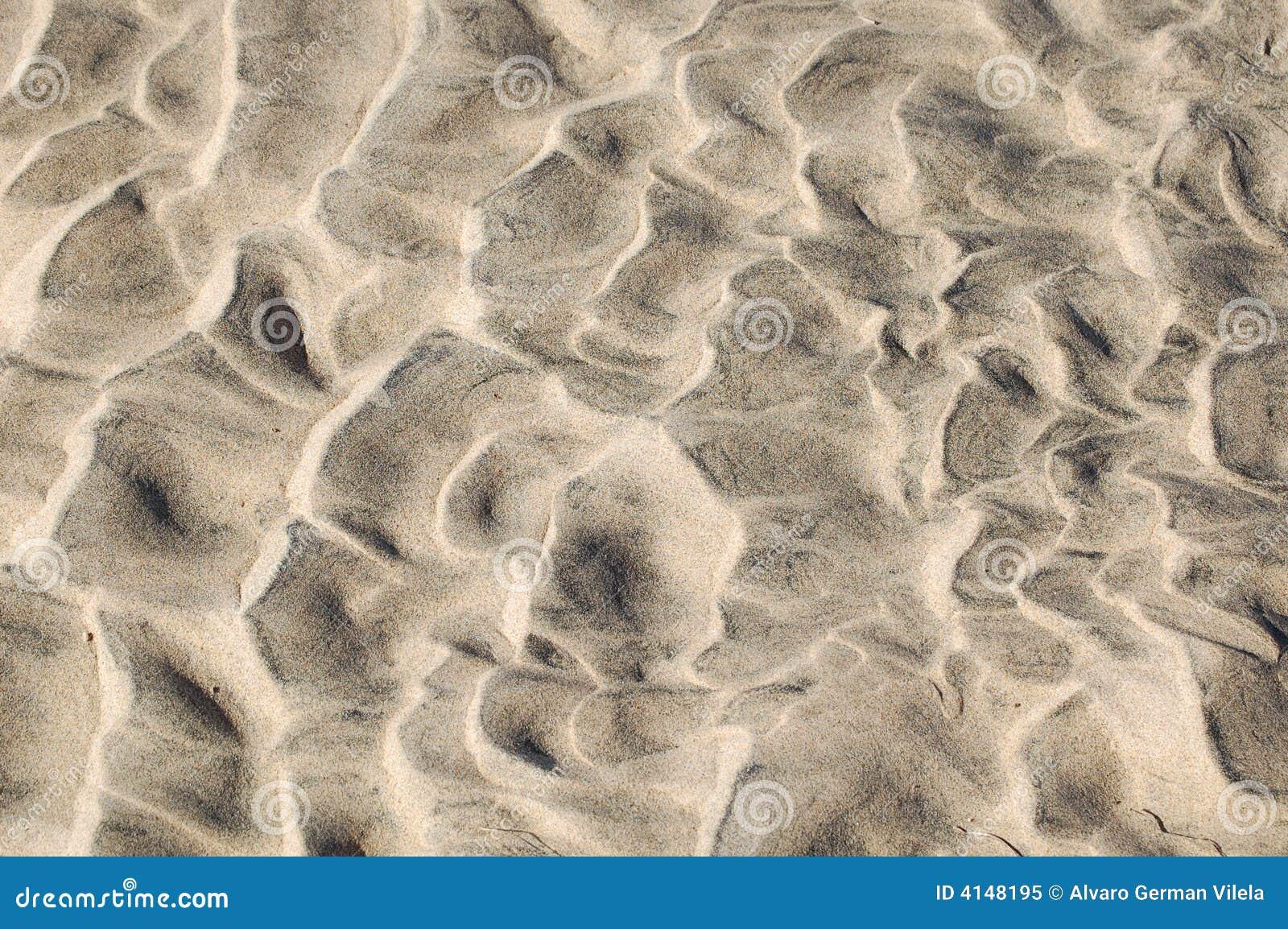 Gegolft zand