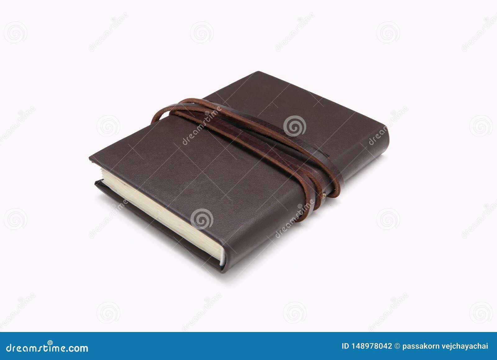 Geheim bruin leerboek met witte achtergrond