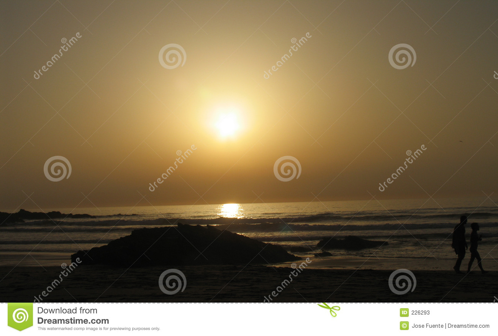 Gehen auf einen Sonnenuntergang