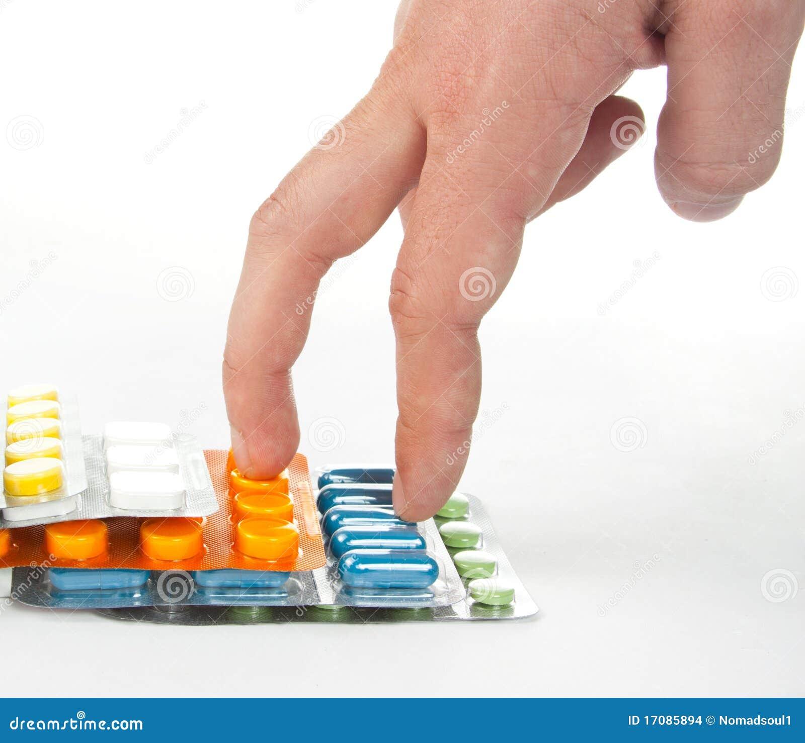 Gehende Hand auf bunten Medizintreppen