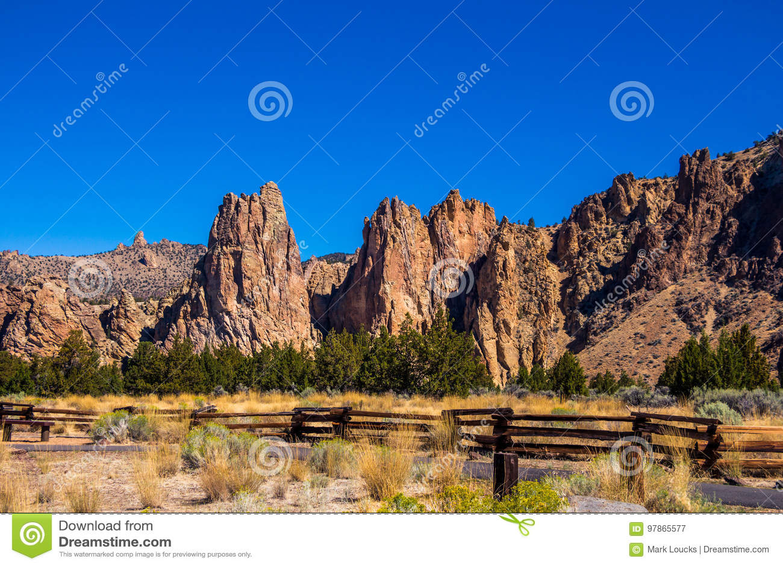 Gehweg Smith Rock State Park Oregon