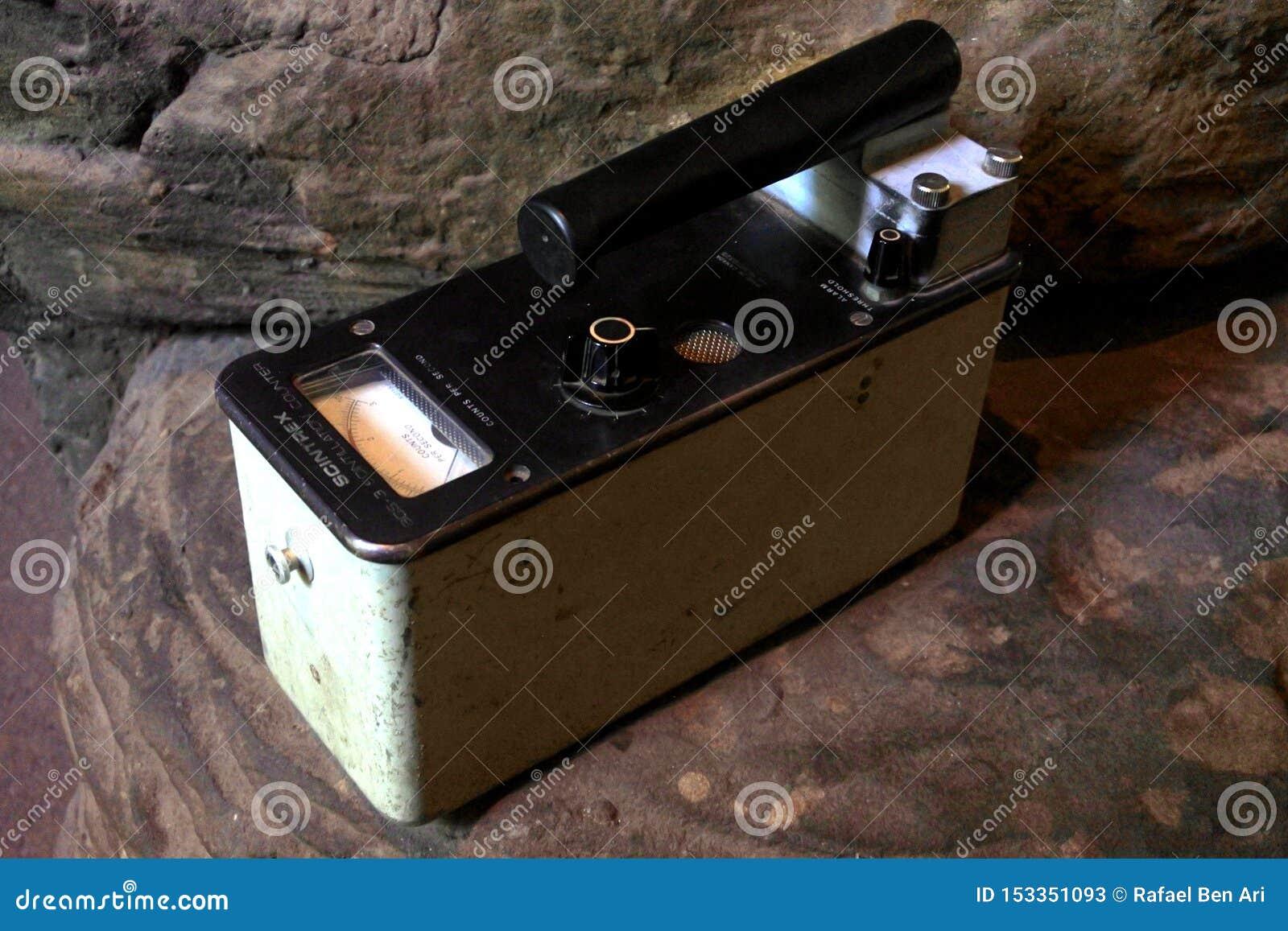 Geiger counter radiation detection instrument