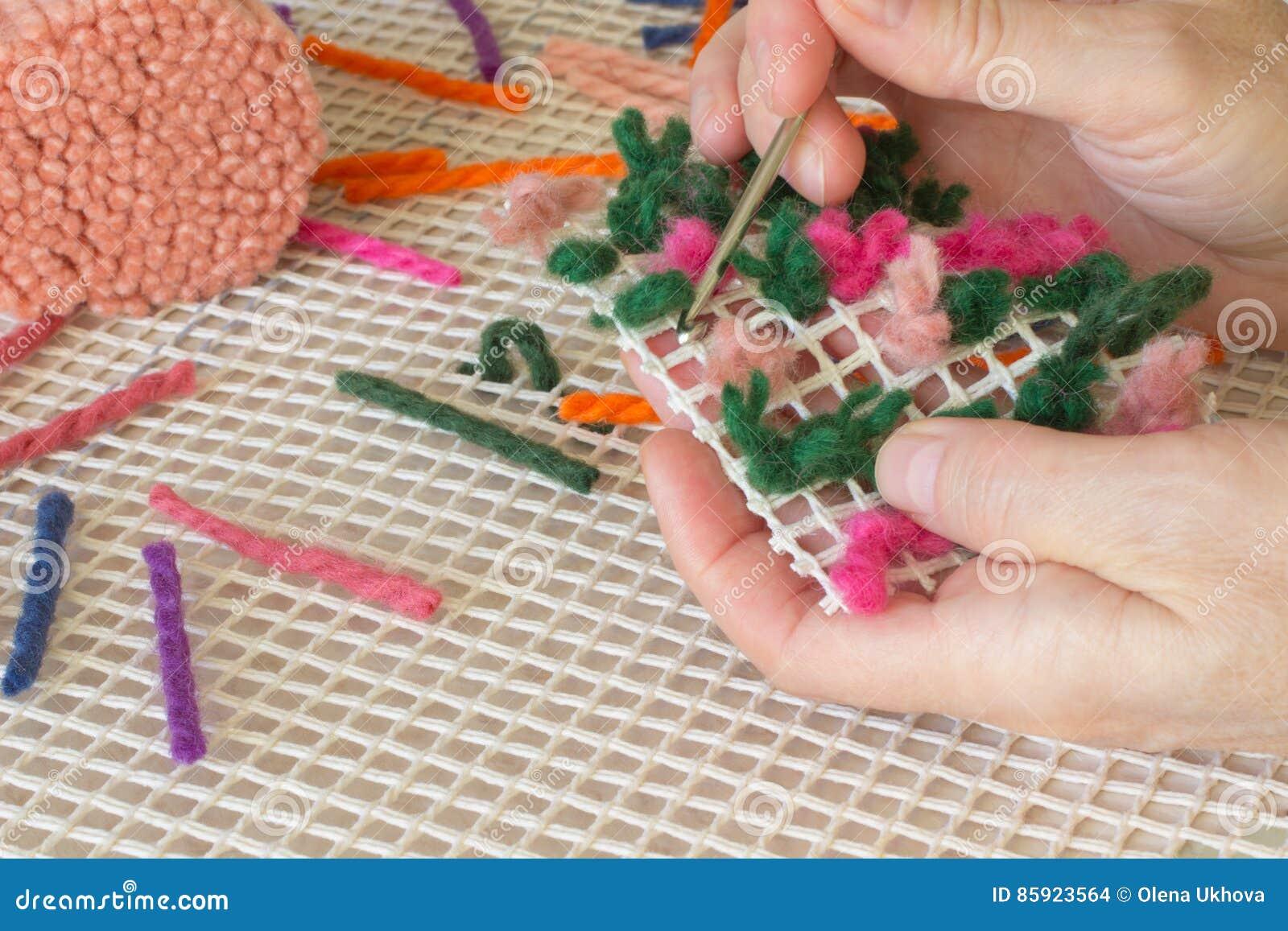 Gekleurde Wollen Een Draad Voor Het Weven Van Dekens Handmade Stock