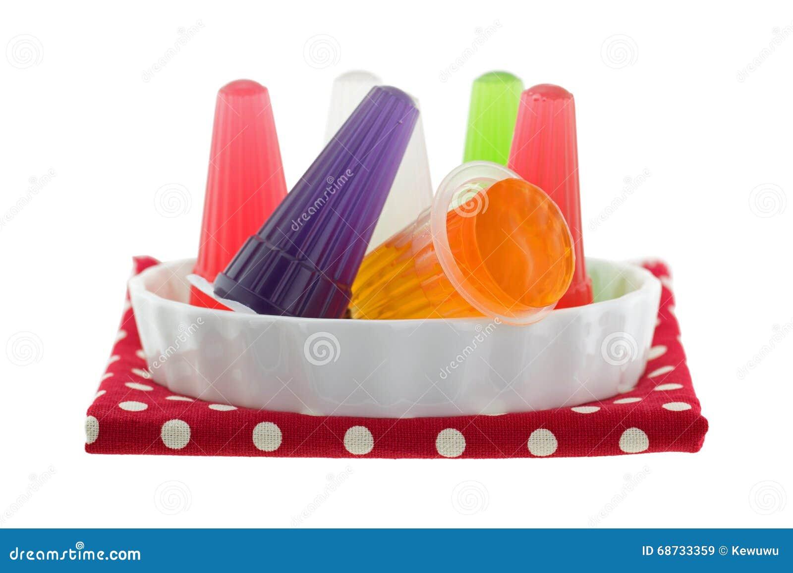 Gelée assortie colorée de carraghénane avec des saveurs fruitées dans petit