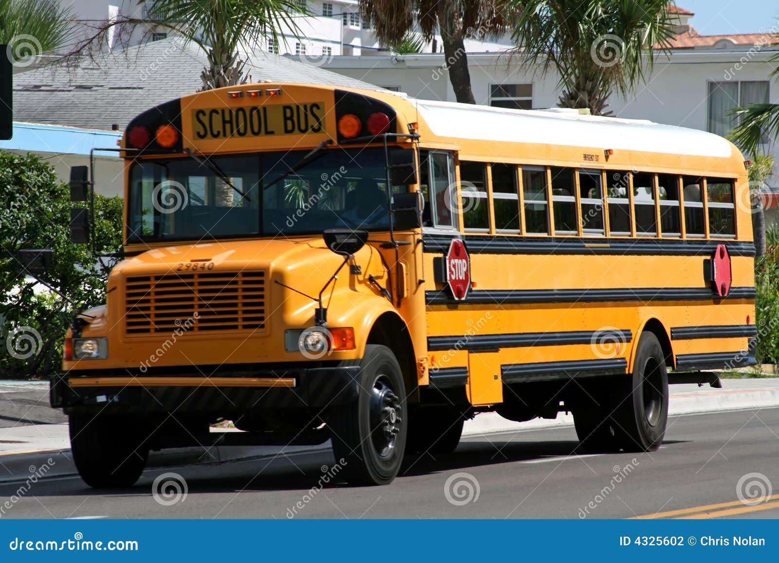 Gelber amerikanischer Schulbus