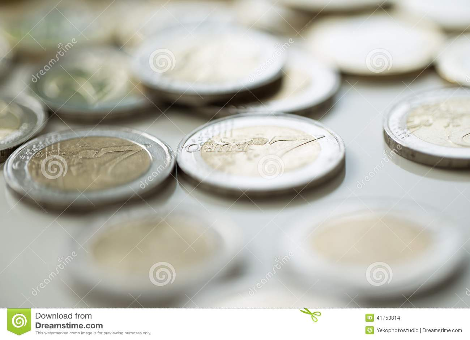 Geld, Finanzen Stapel der Euromünzen