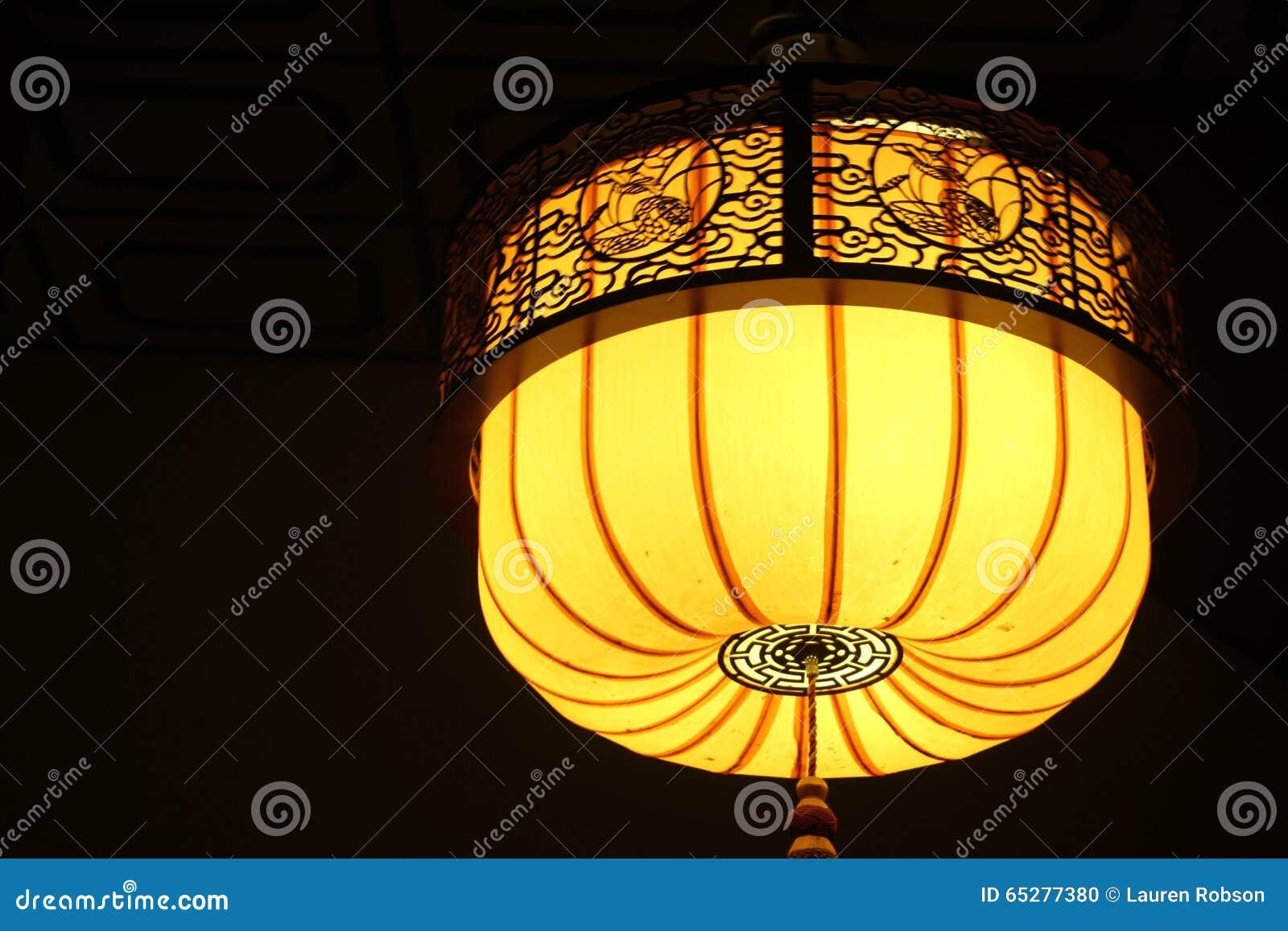 Lampen Oosterse Stijl : Gele oosterse lamp stock foto afbeelding bestaande uit stijl