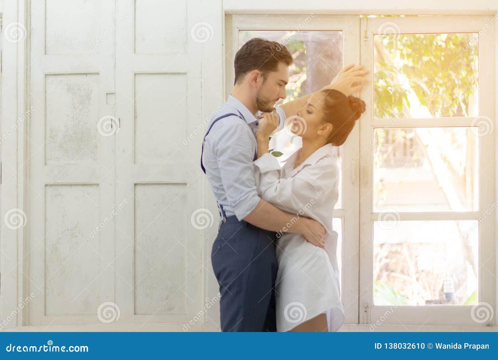 Vind liefde Aziatische Dating het schrijven van een persoonlijke dating profiel