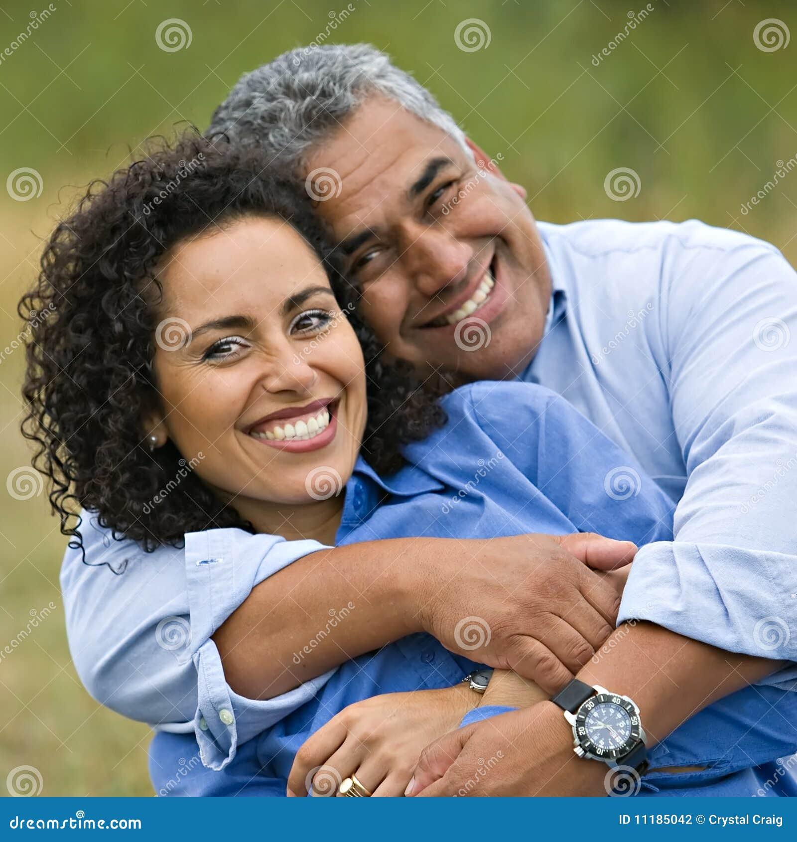 Gelukkig Houdend van Spaans Paar