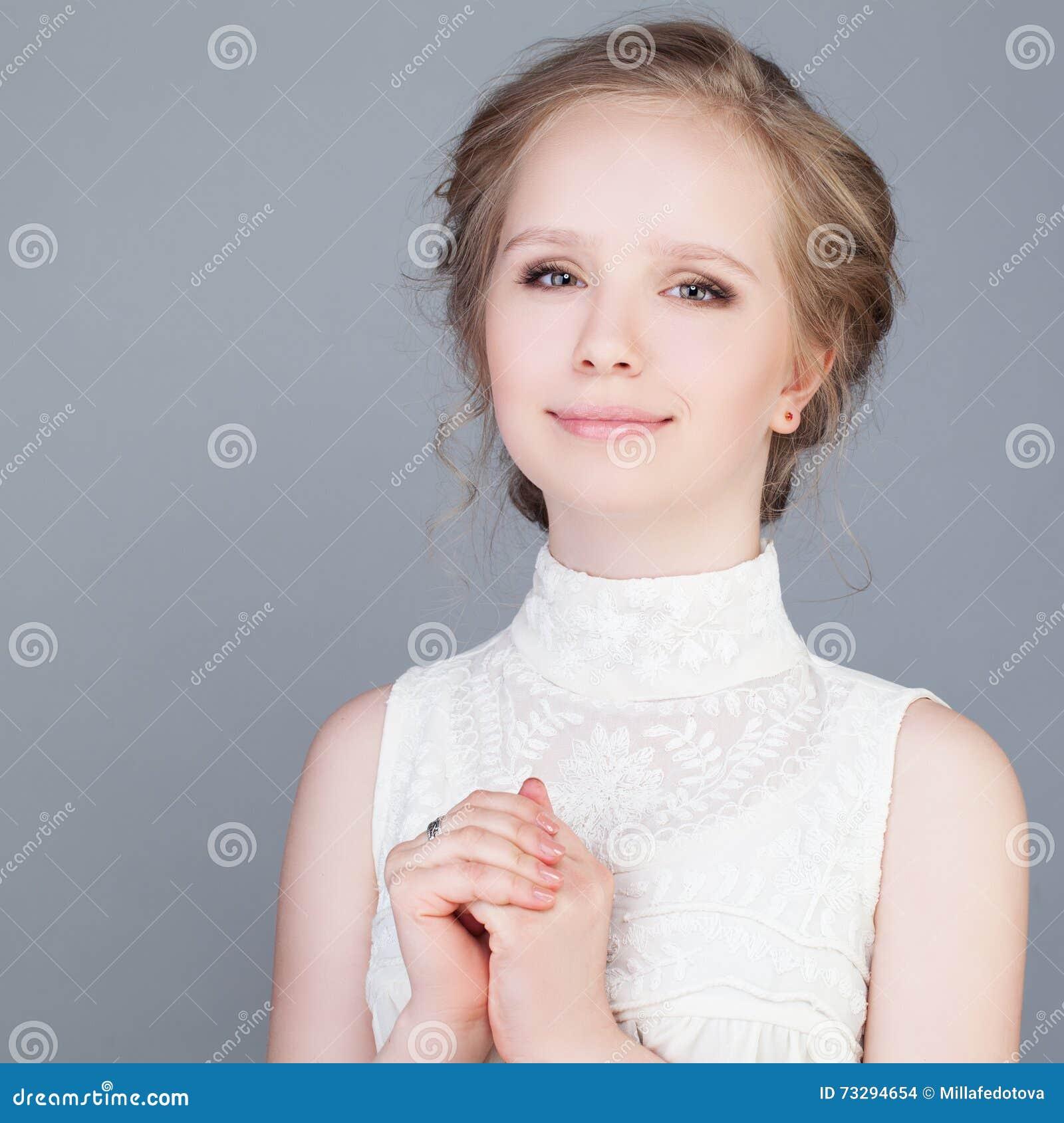 Gelukkig meisje Het Glimlachen van de tiener