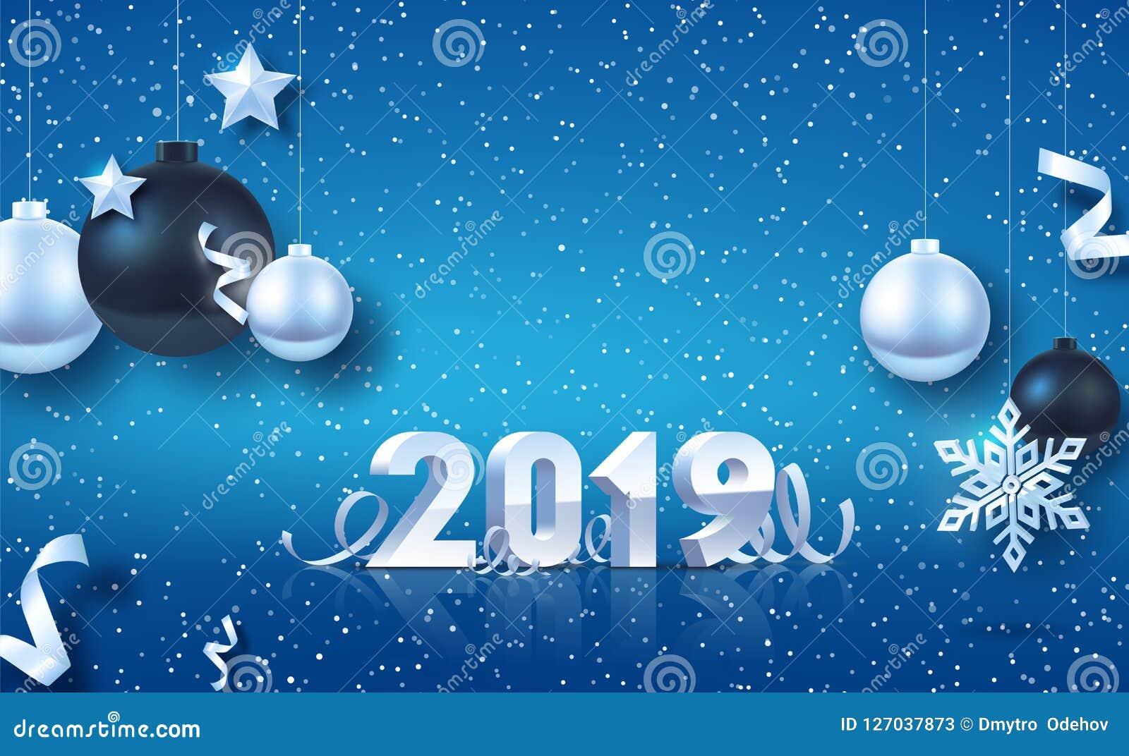 Gelukkig Nieuwjaar 2019 Zilveren 3D-aantallen met linten en confettien op witte achtergrond Zilveren en zwarte Kerstmisballen met