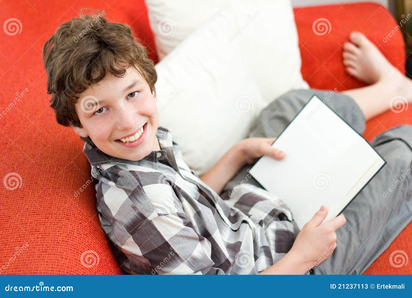 Gelukkig om zijn boek te lezen