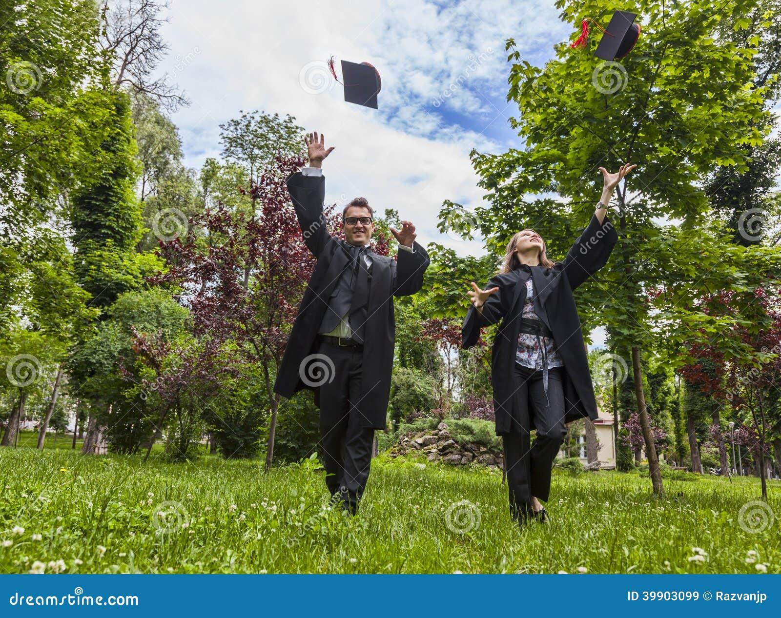 Gelukkig Paar in de Graduatiedag