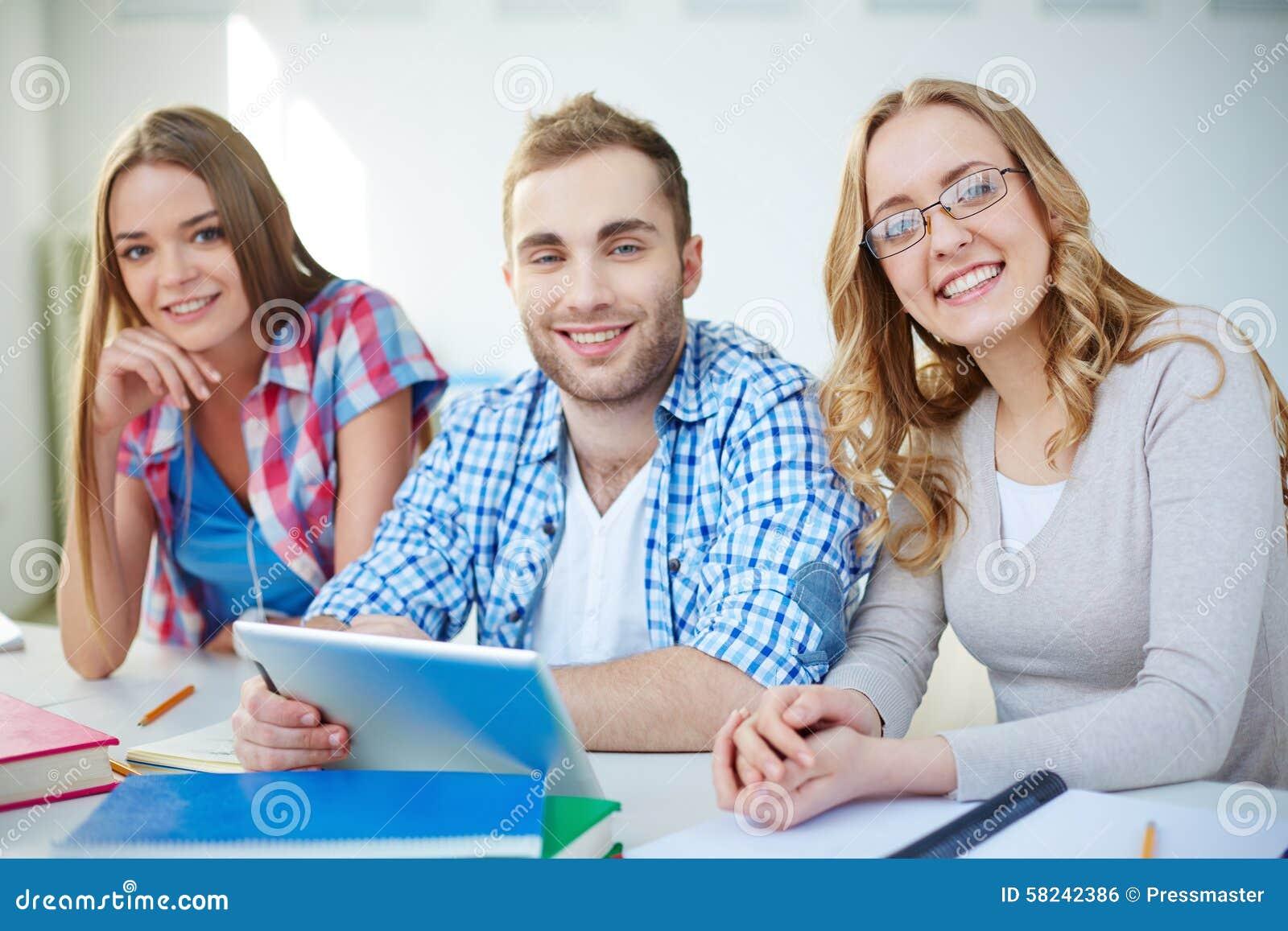 Gelukkige groupmates