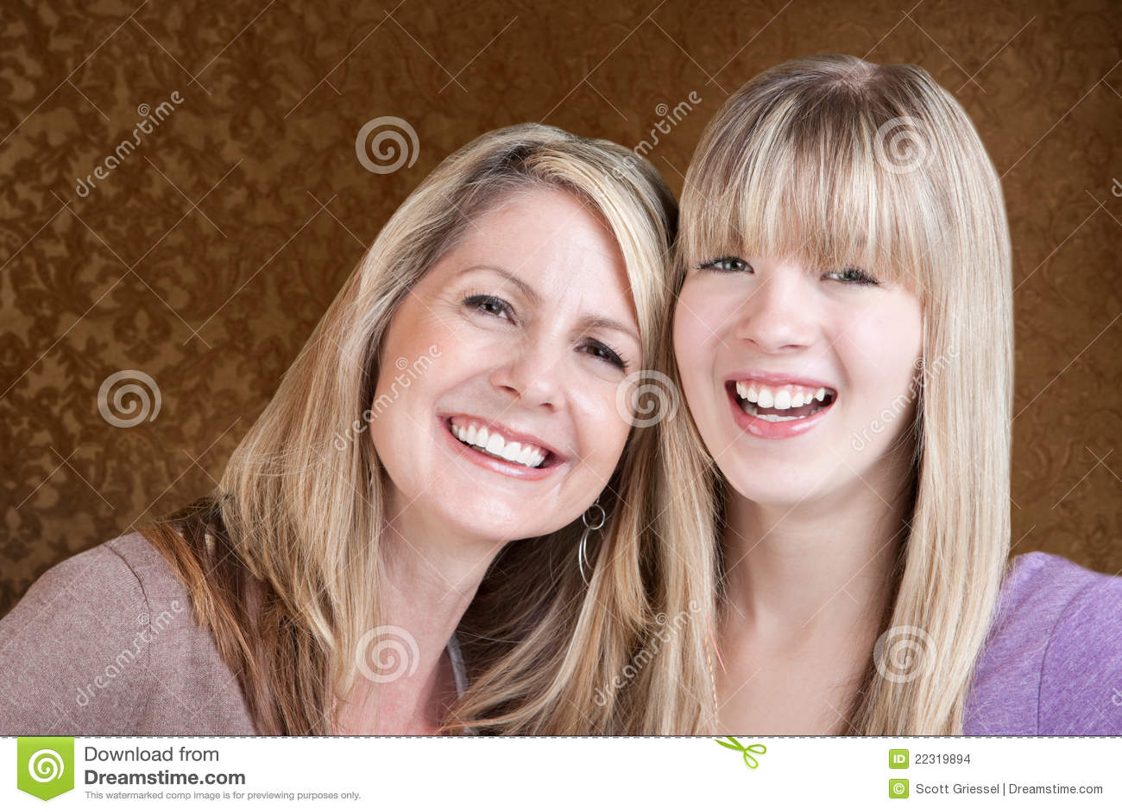 Gelukkige Mamma en Dochter