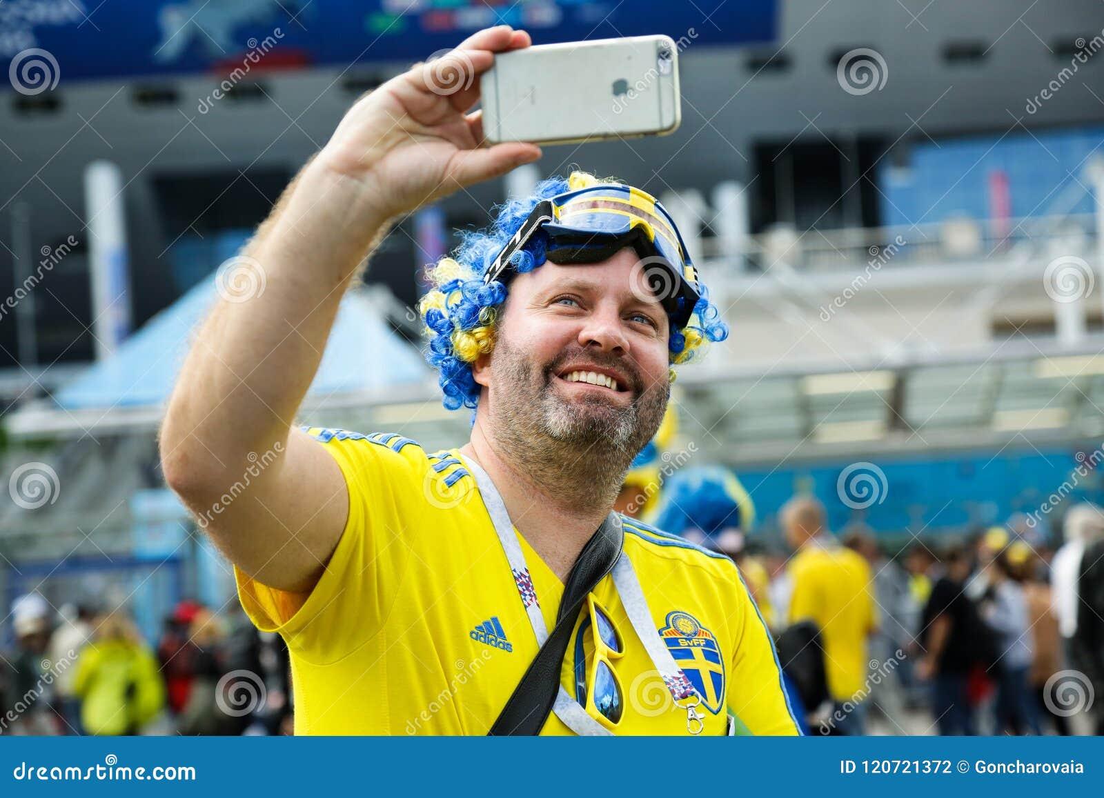 Gelukkige Zweedse ventilator bij de Wereldbeker van FIFA in Rusland
