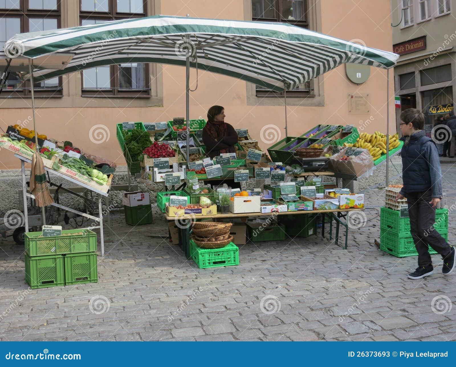 Gemüsemarkt-Standplatz