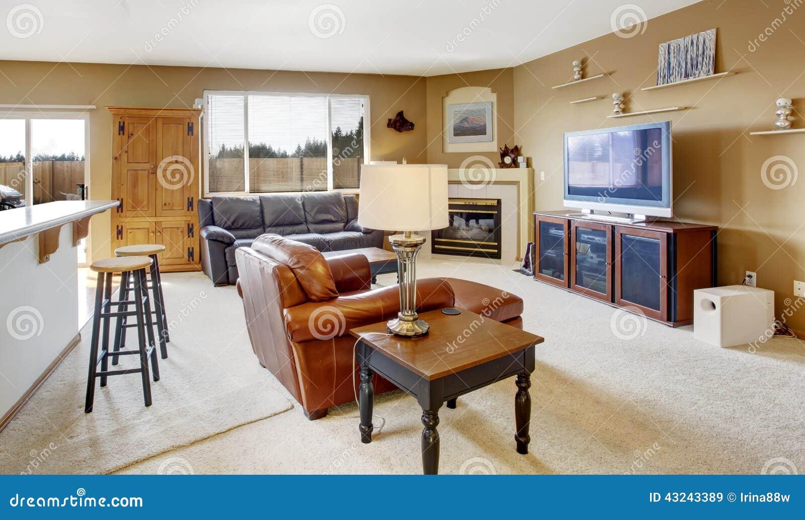 Brilliant Gemütliches Wohnzimmer Referenz Von Gemütliches Mit Kamin Und Ledercouch