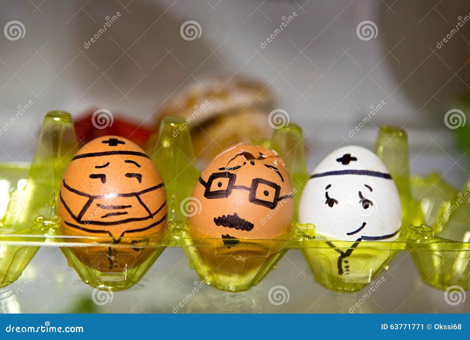 Kühlschrank Ei : Gemalte eier im kühlschrank stock abbildung illustration von