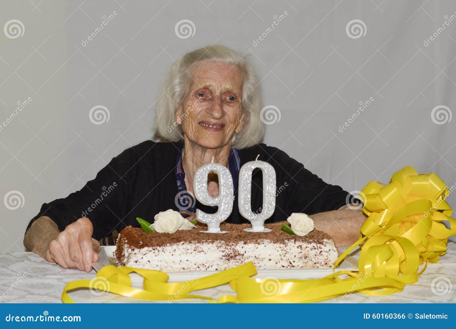 Gemengd Gevoel Van Een Oude Dame Die Haar 90ste Verjaardag Vieren
