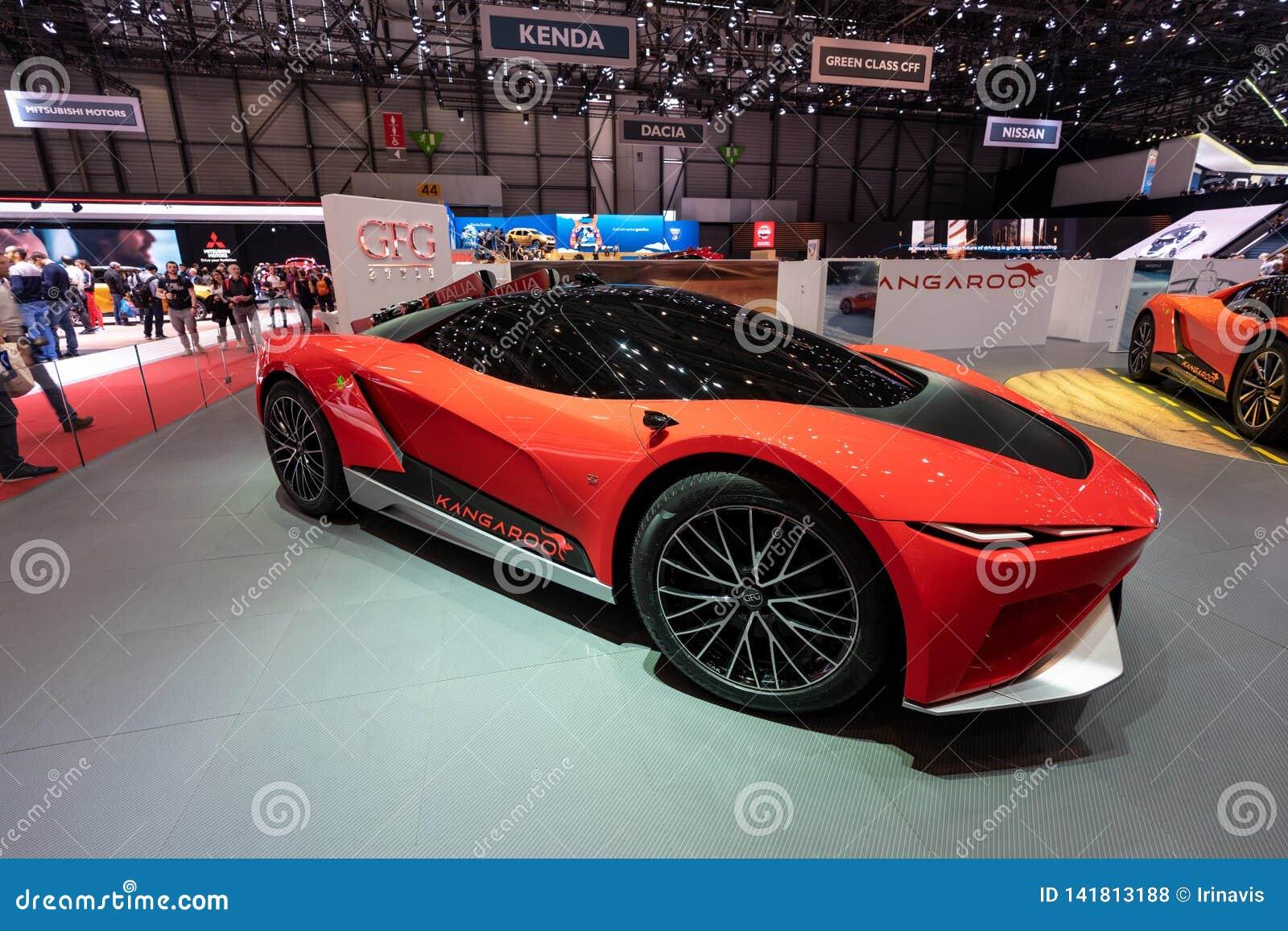 GENÈVE, SUISSE - 10 MARS 2019 : Vue du quatre-vingt-dix-neuvième Salon de l Automobile international de Genève