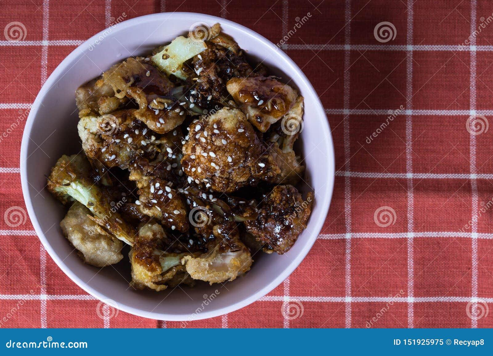 General tso cauliflower withc chicken breast
