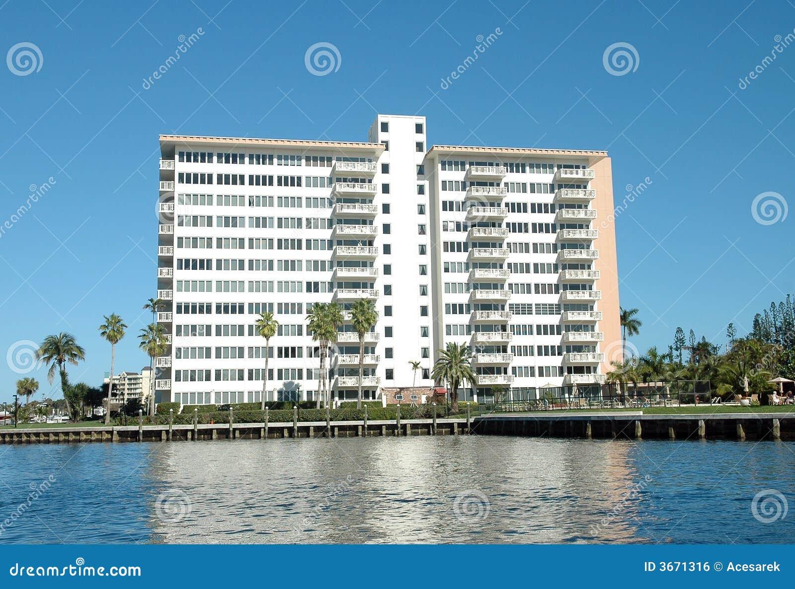 generic apartment building in florida stock photo - image: 43540293